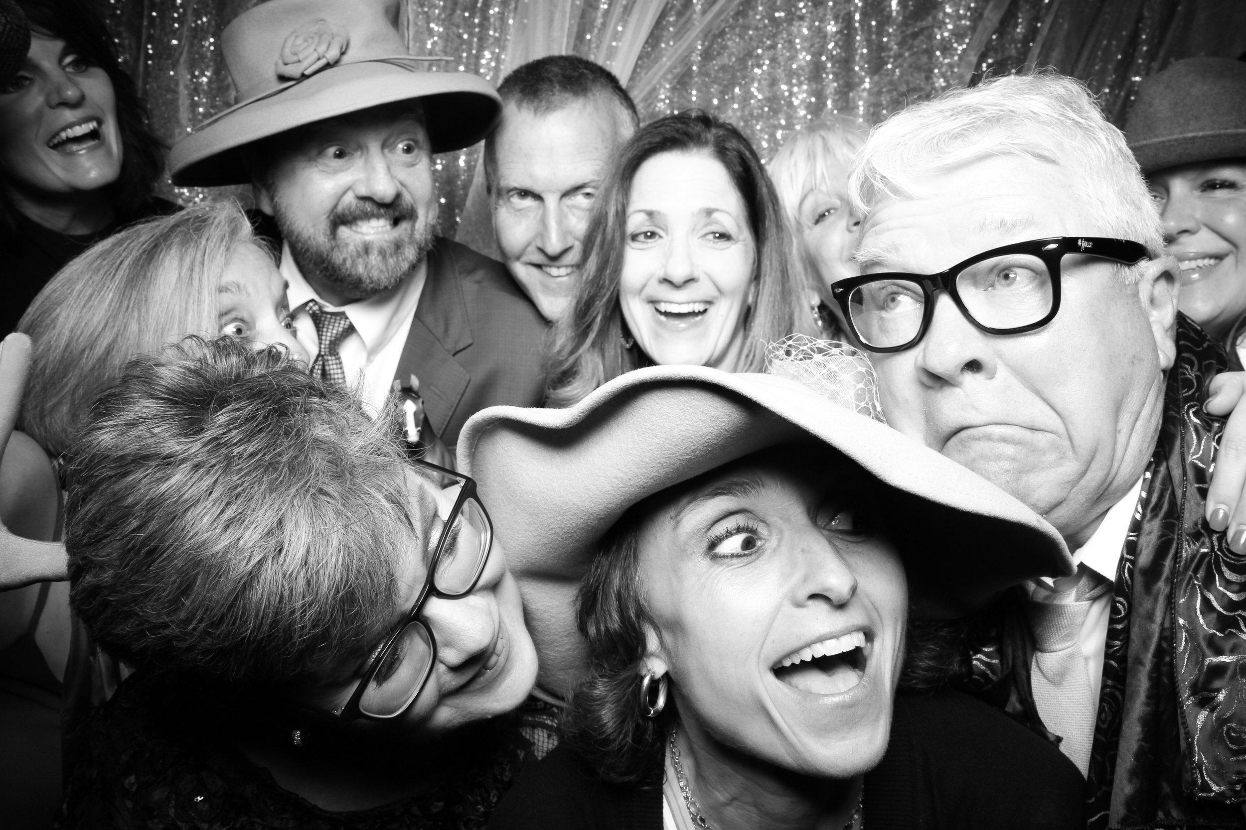 Chicago_Vintage_Wedding_Photobooth_Hyatt_Oakbrook_28.jpg