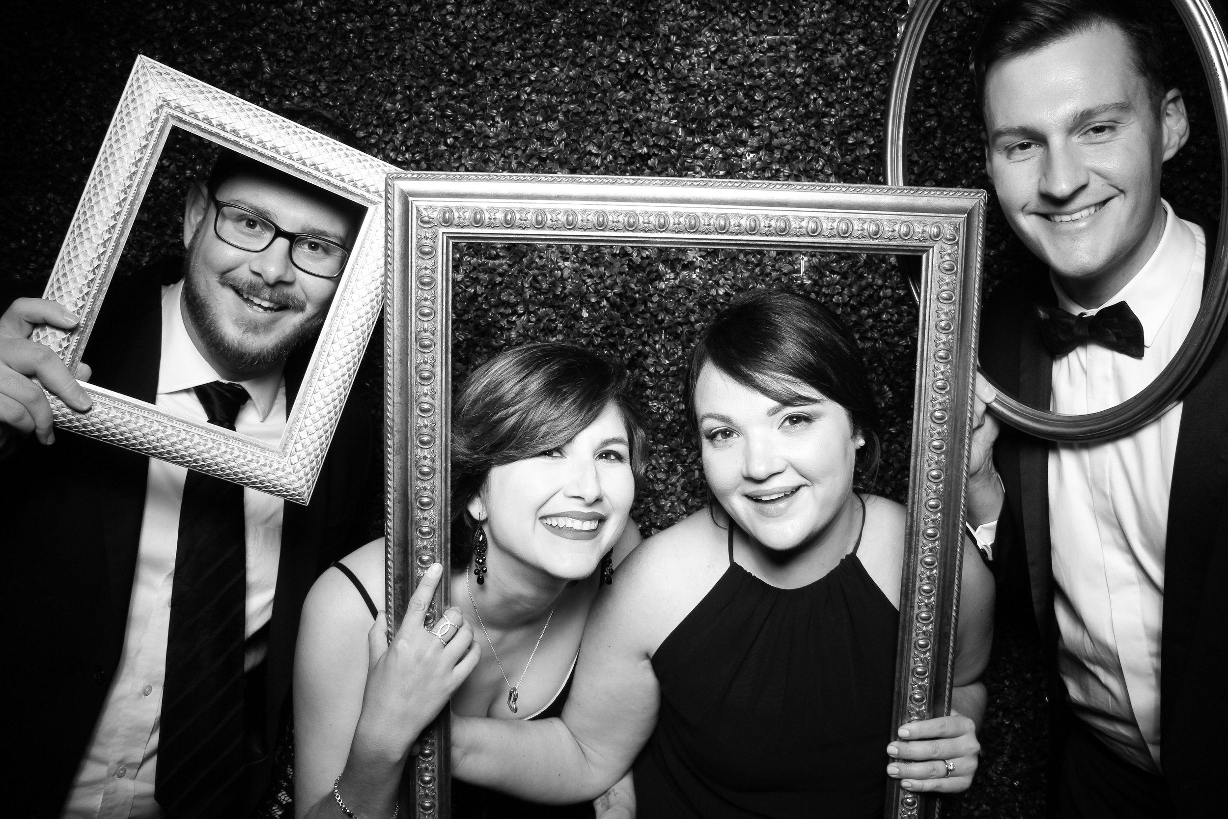 Ivy_Room_Chicago_Wedding_Reception_Photo_Booth_Rental__07.jpg