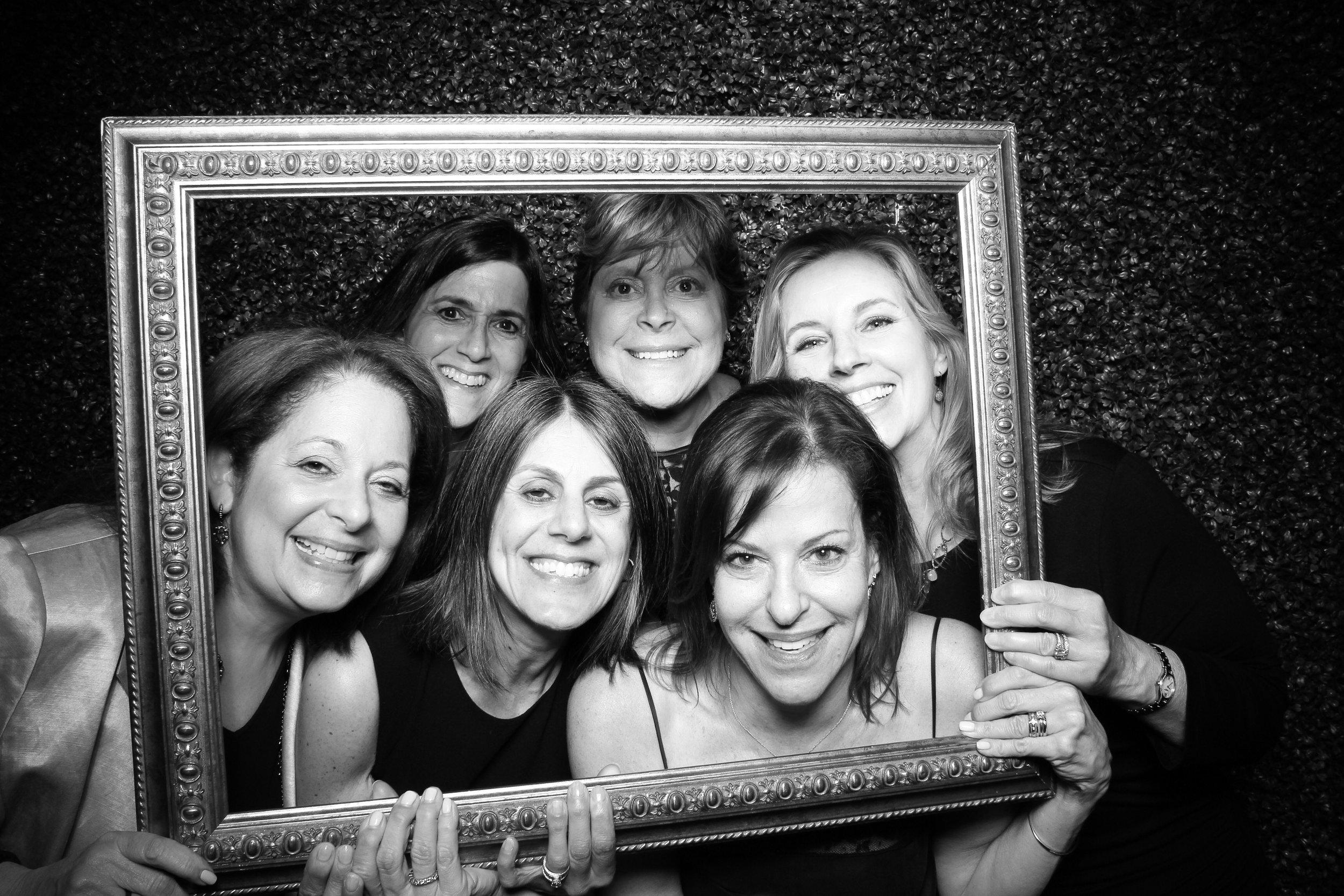 Ivy_Room_Chicago_Wedding_Reception_Photo_Booth_Rental__08.jpg