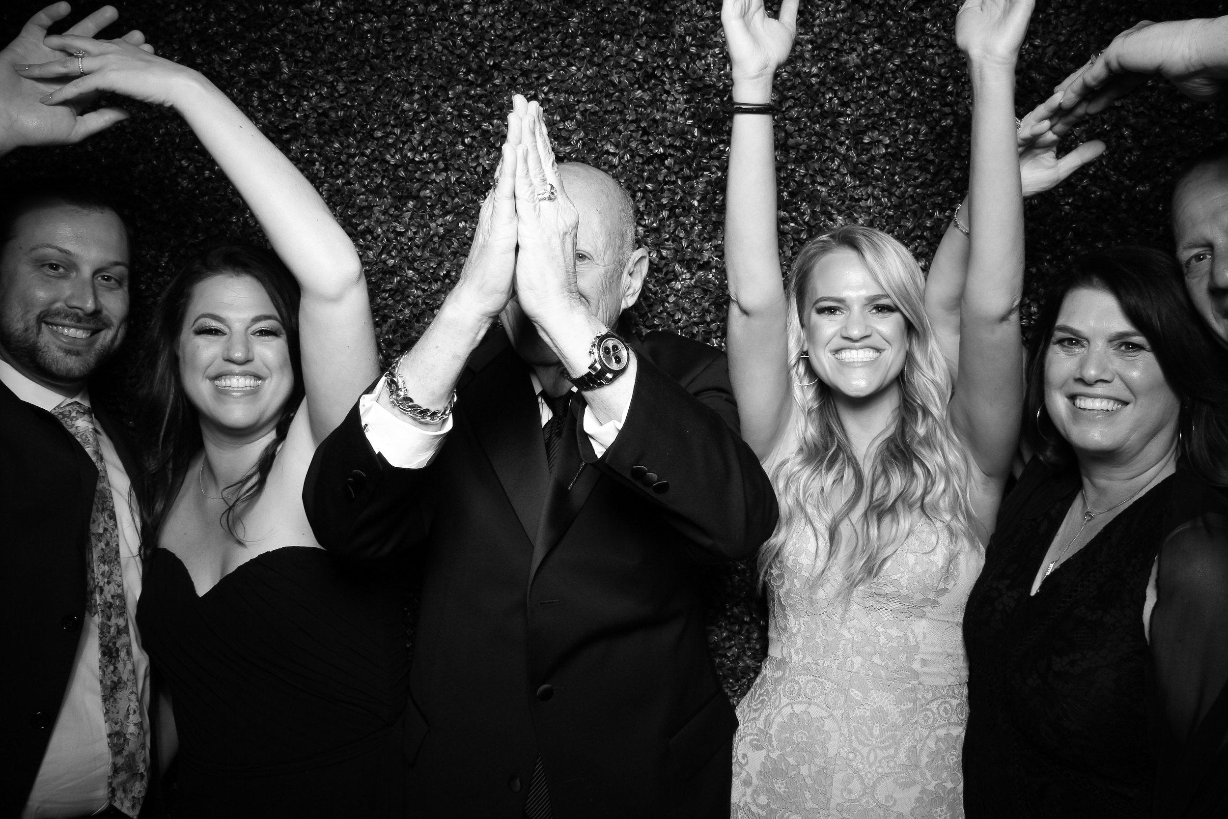 Ivy_Room_Chicago_Wedding_Reception_Photo_Booth_Rental__10.jpg