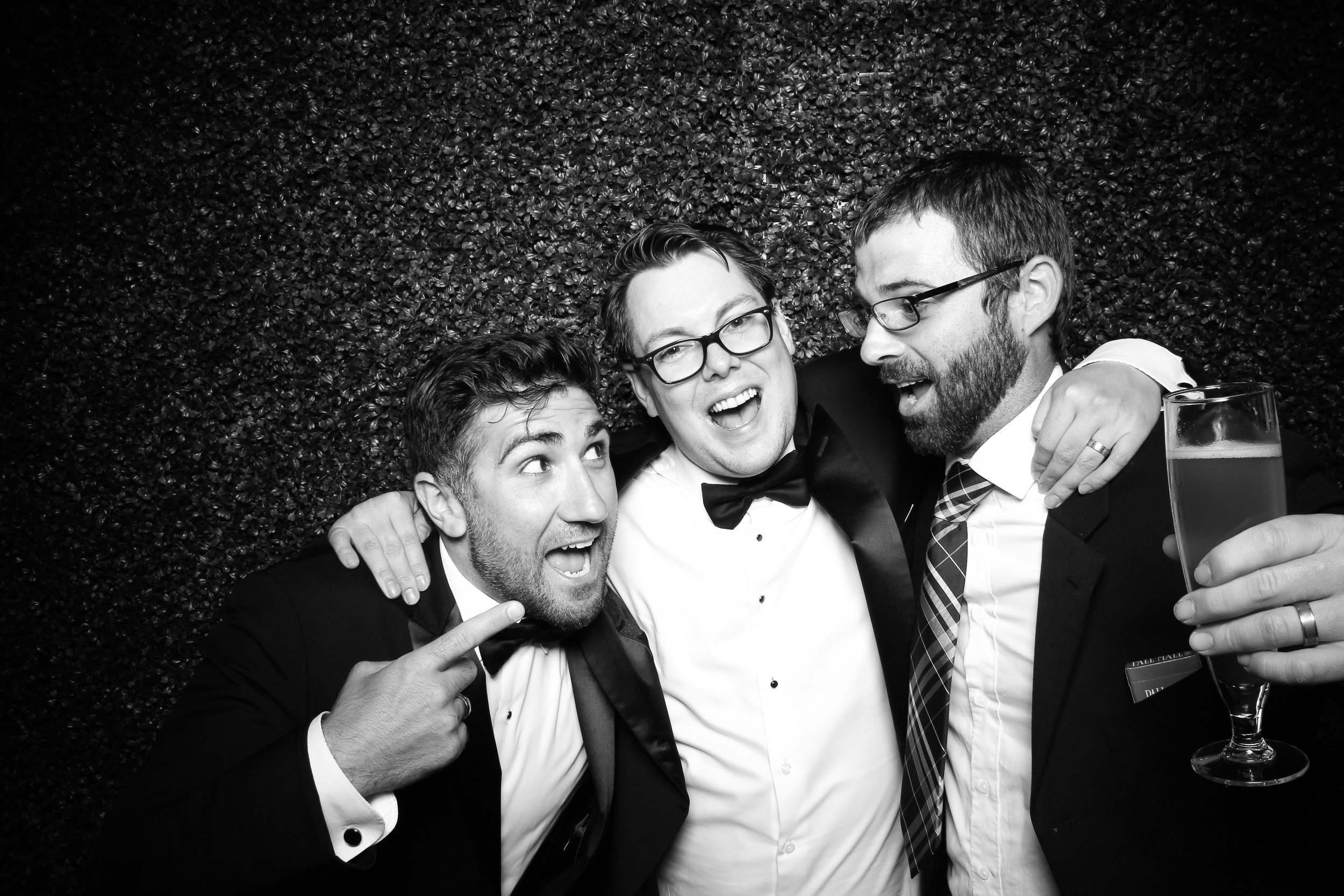 Ivy_Room_Chicago_Wedding_Reception_Photo_Booth_Rental__13.jpg