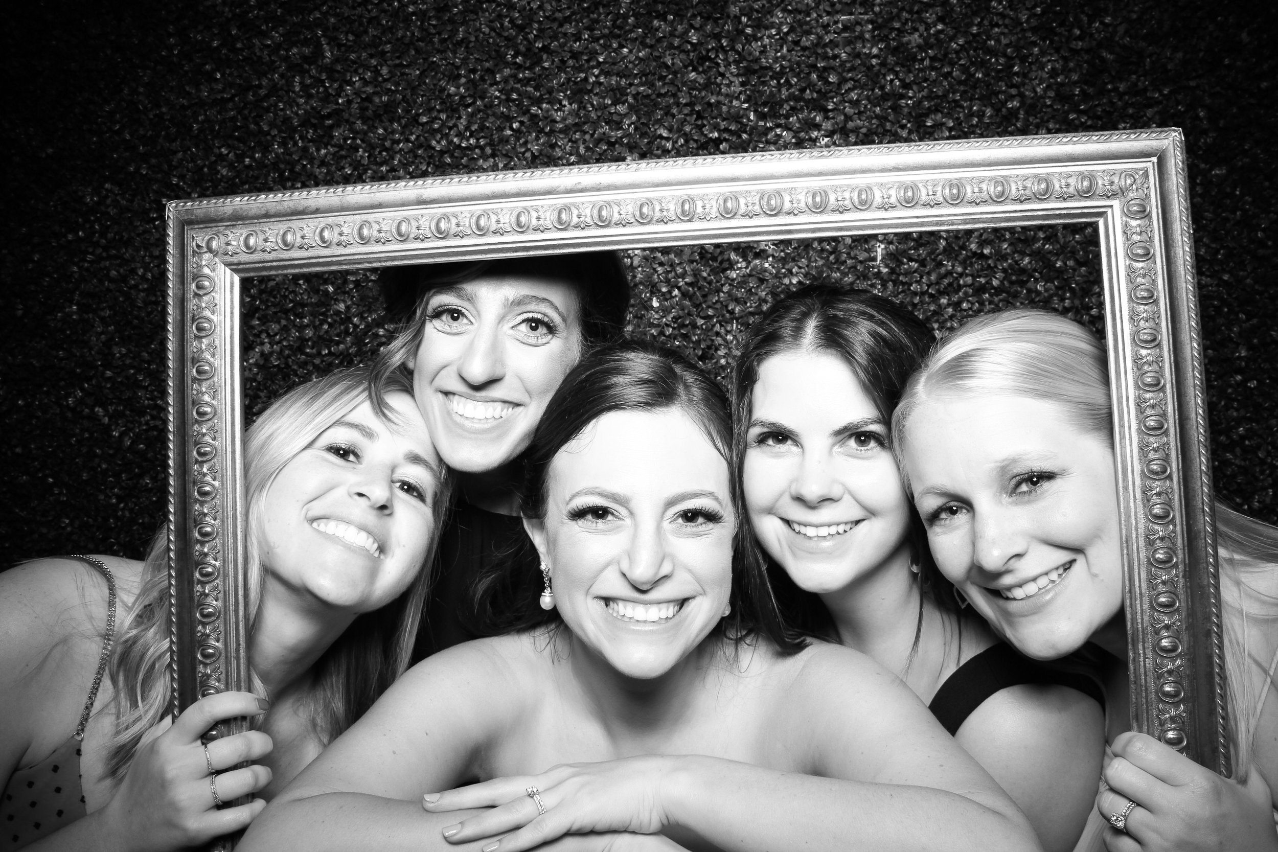 Ivy_Room_Chicago_Wedding_Reception_Photo_Booth_Rental__15.jpg