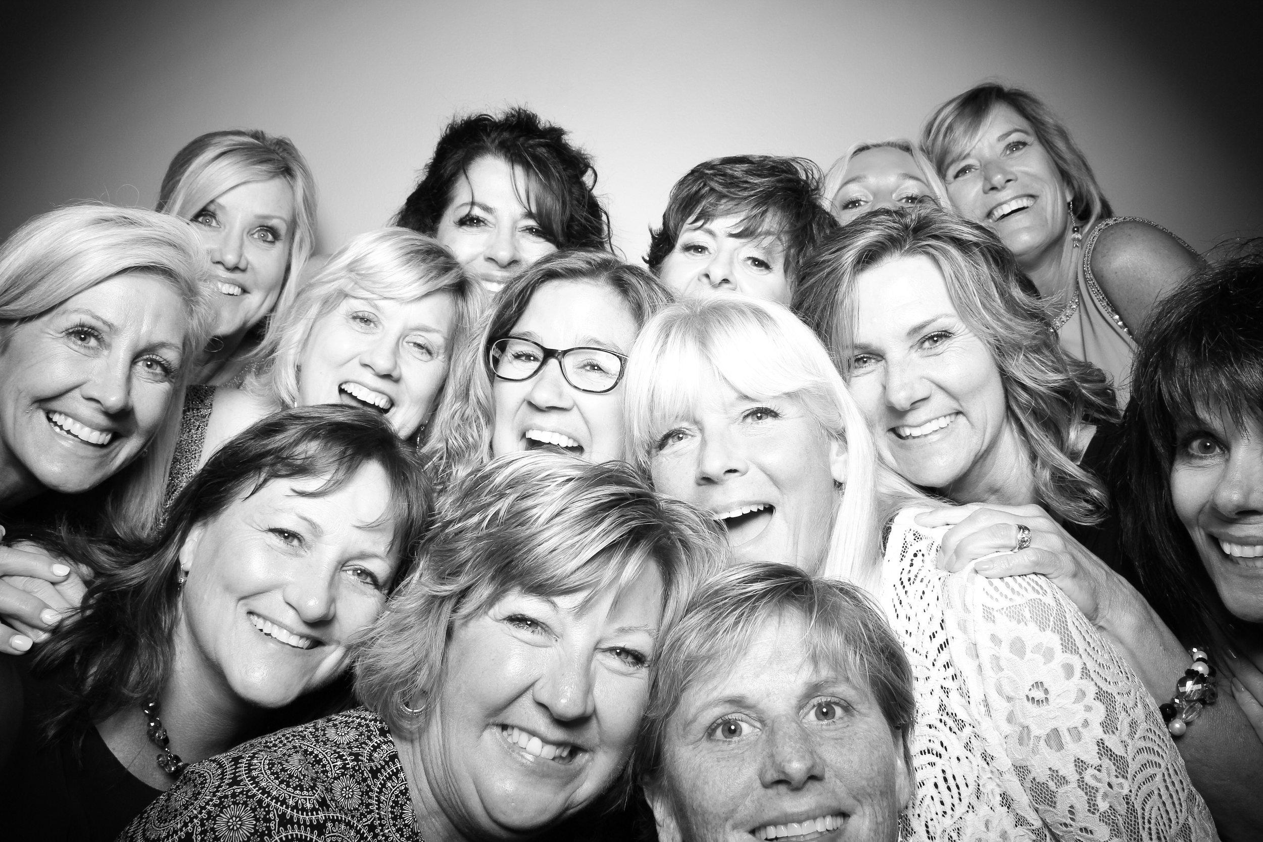 Bolingbrook_Golf_Club_Wedding_Photo_Booth_24.jpg