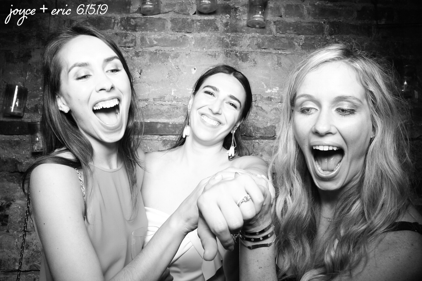 Chicago_Vintage_Wedding_Photobooth_New_Leaf_08.jpg