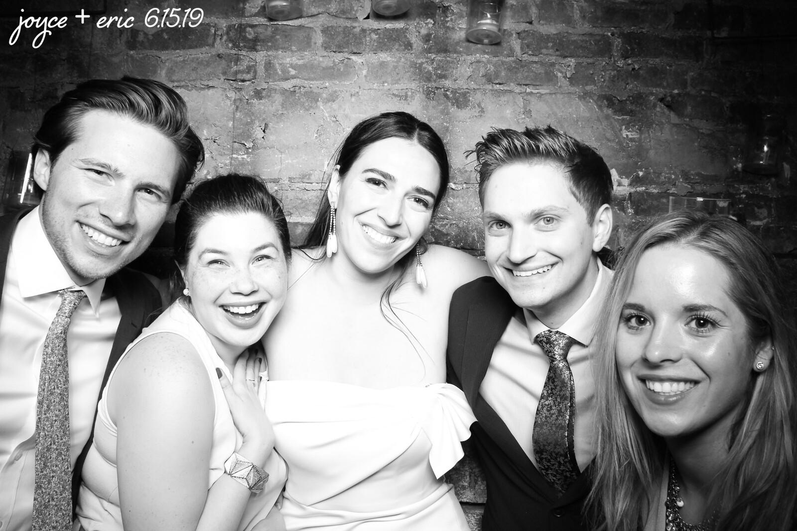 Chicago_Vintage_Wedding_Photobooth_New_Leaf_07.jpg