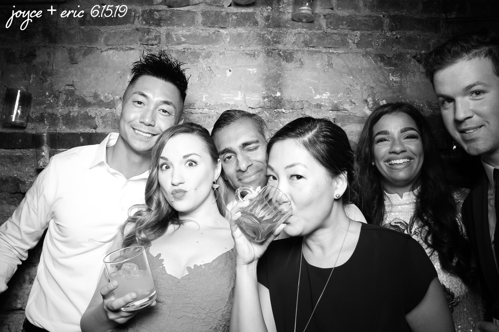 Chicago_Vintage_Wedding_Photobooth_New_Leaf_12.jpg