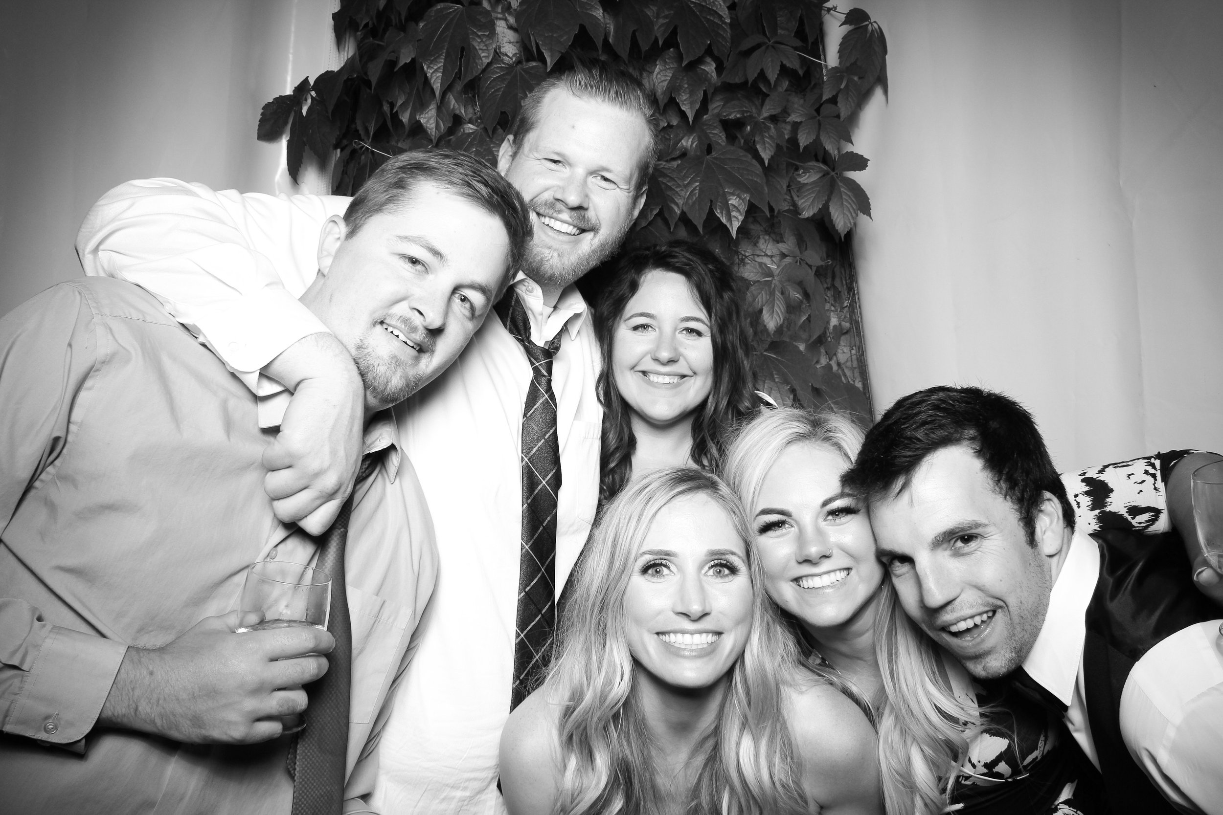 Chicago_Vintage_Wedding_Photobooth_Botanic_Garden_30.jpg