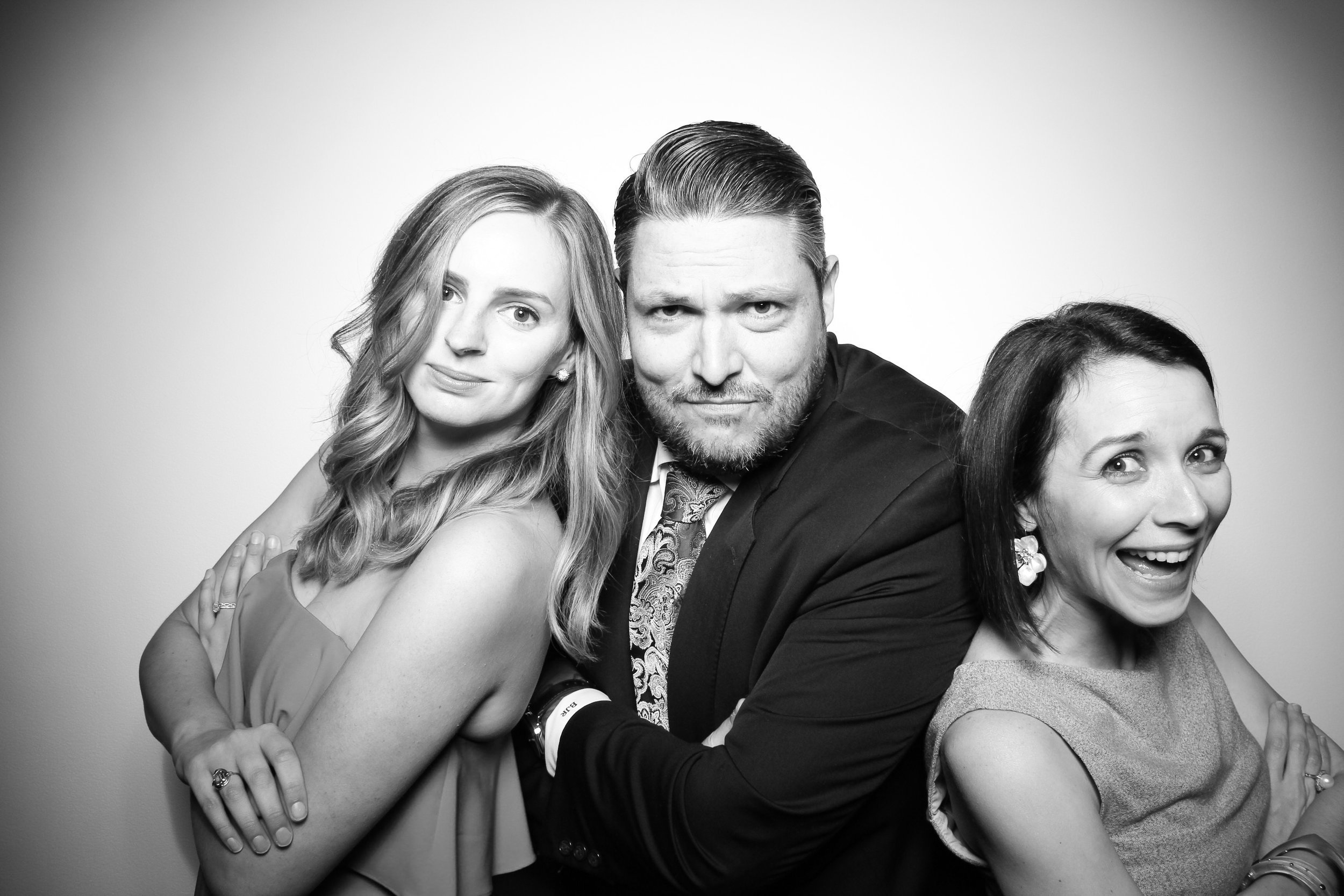 AIC_Modern_Wing_Griffin_Court_Wedding_Reception_Photo_Booth_10.jpg