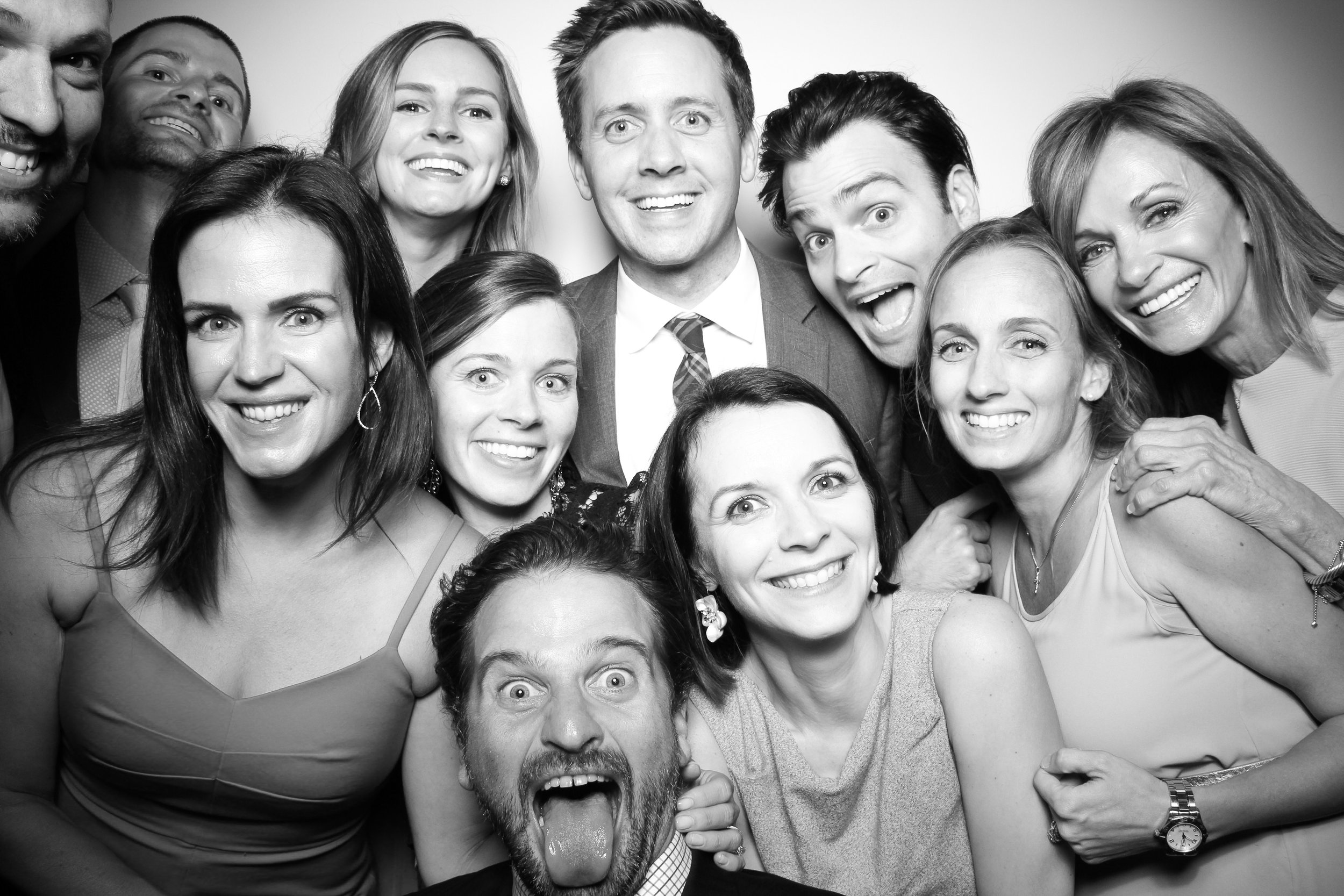 AIC_Modern_Wing_Griffin_Court_Wedding_Reception_Photo_Booth_12.jpg
