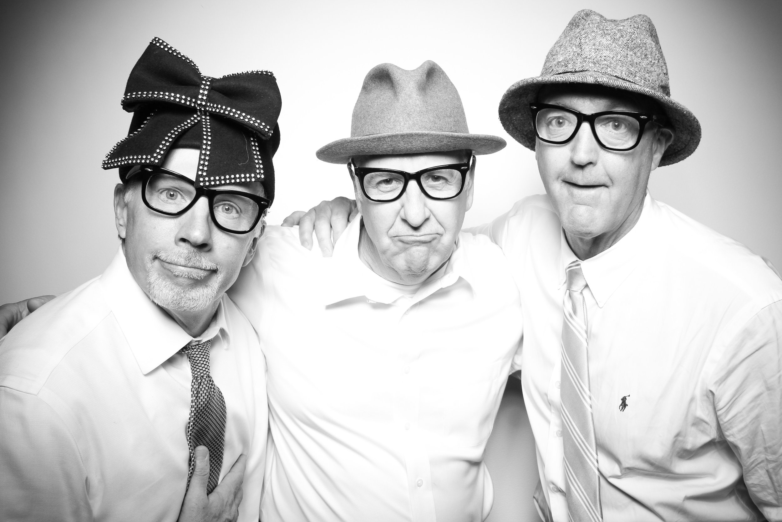 AIC_Modern_Wing_Griffin_Court_Wedding_Reception_Photo_Booth_16.jpg