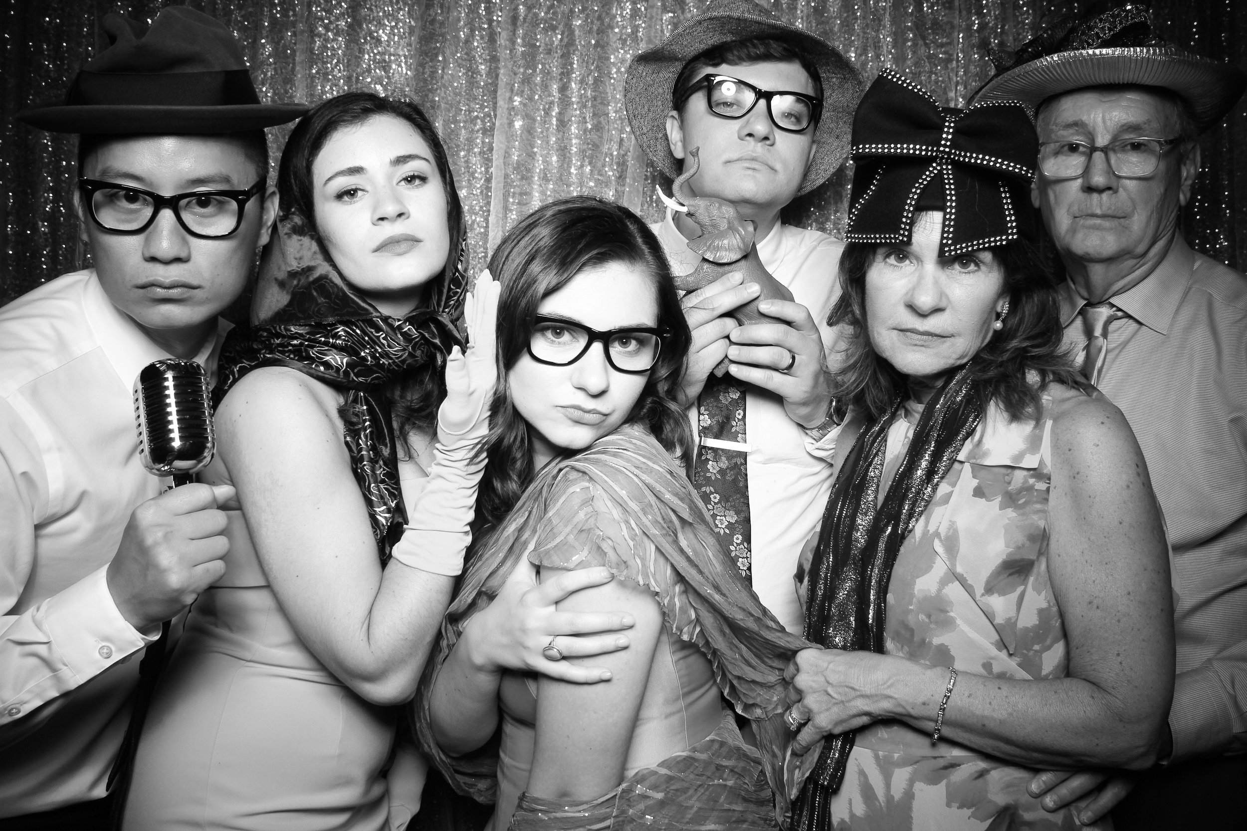 Chicago_Vintage_Wedding_Photobooth_Medinah_Country_Club_07.jpg