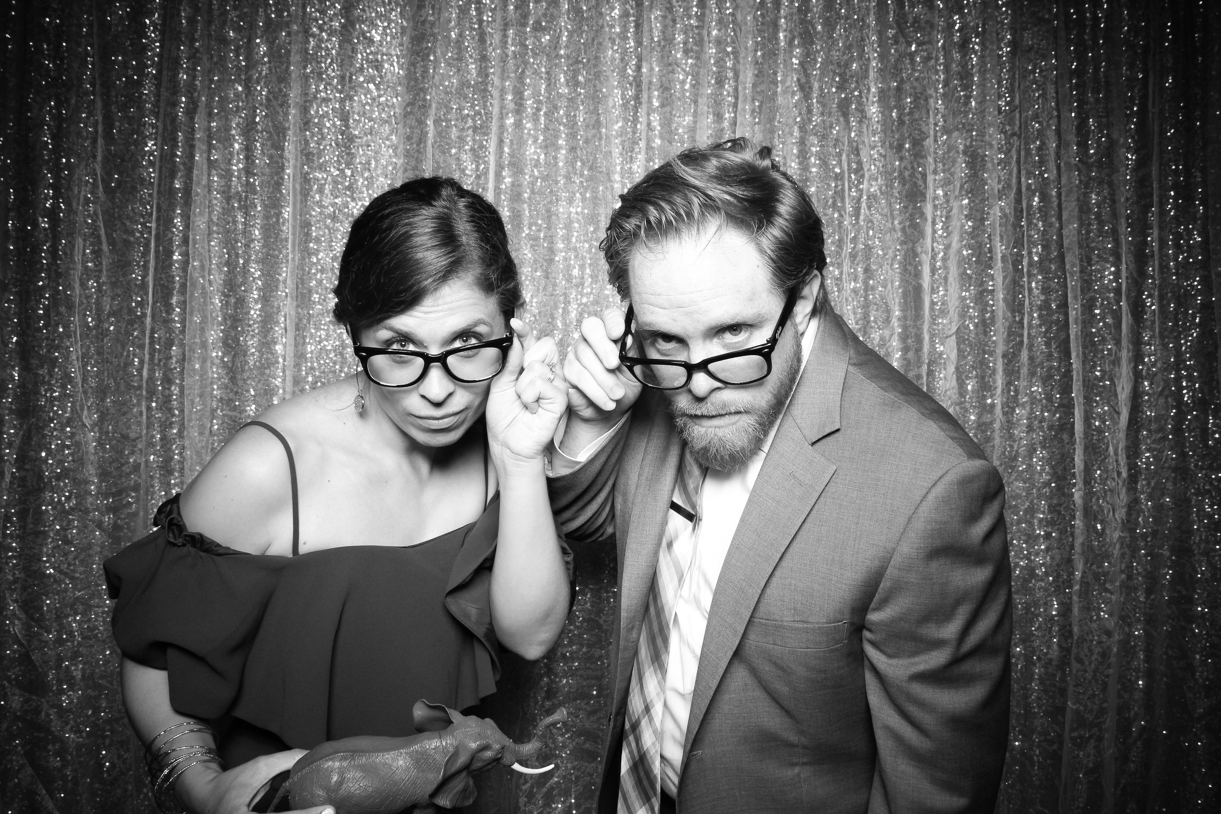 Chicago_Vintage_Wedding_Photobooth_Medinah_Country_Club_06.jpg
