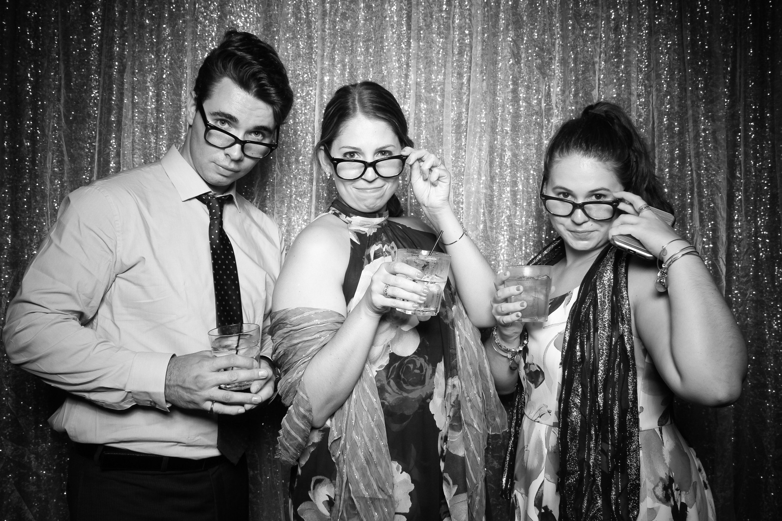 Chicago_Vintage_Wedding_Photobooth_Medinah_Country_Club_09.jpg