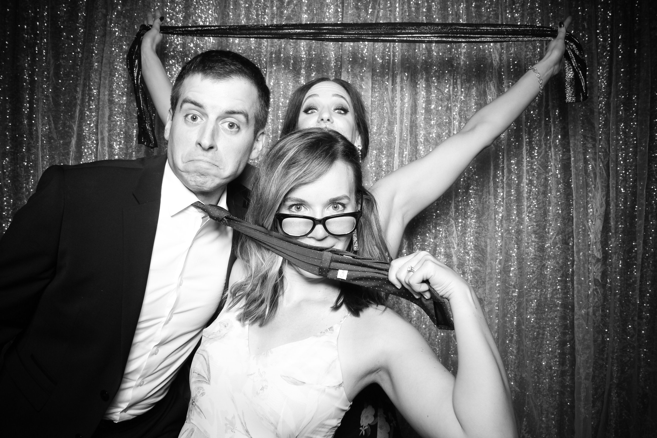Chicago_Vintage_Wedding_Photobooth_Medinah_Country_Club_21.jpg