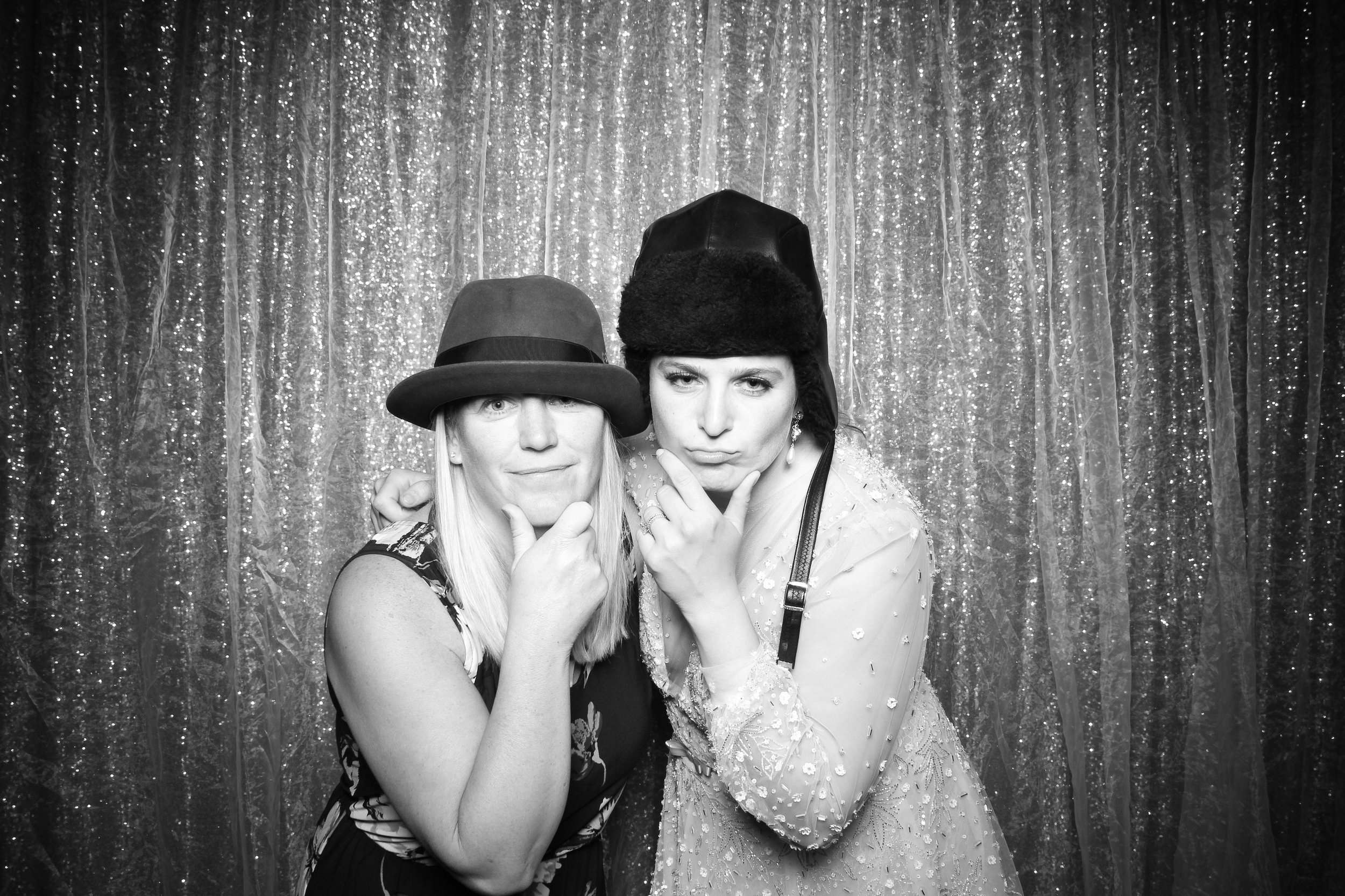 Chicago_Vintage_Wedding_Photobooth_Medinah_Country_Club_25.jpg