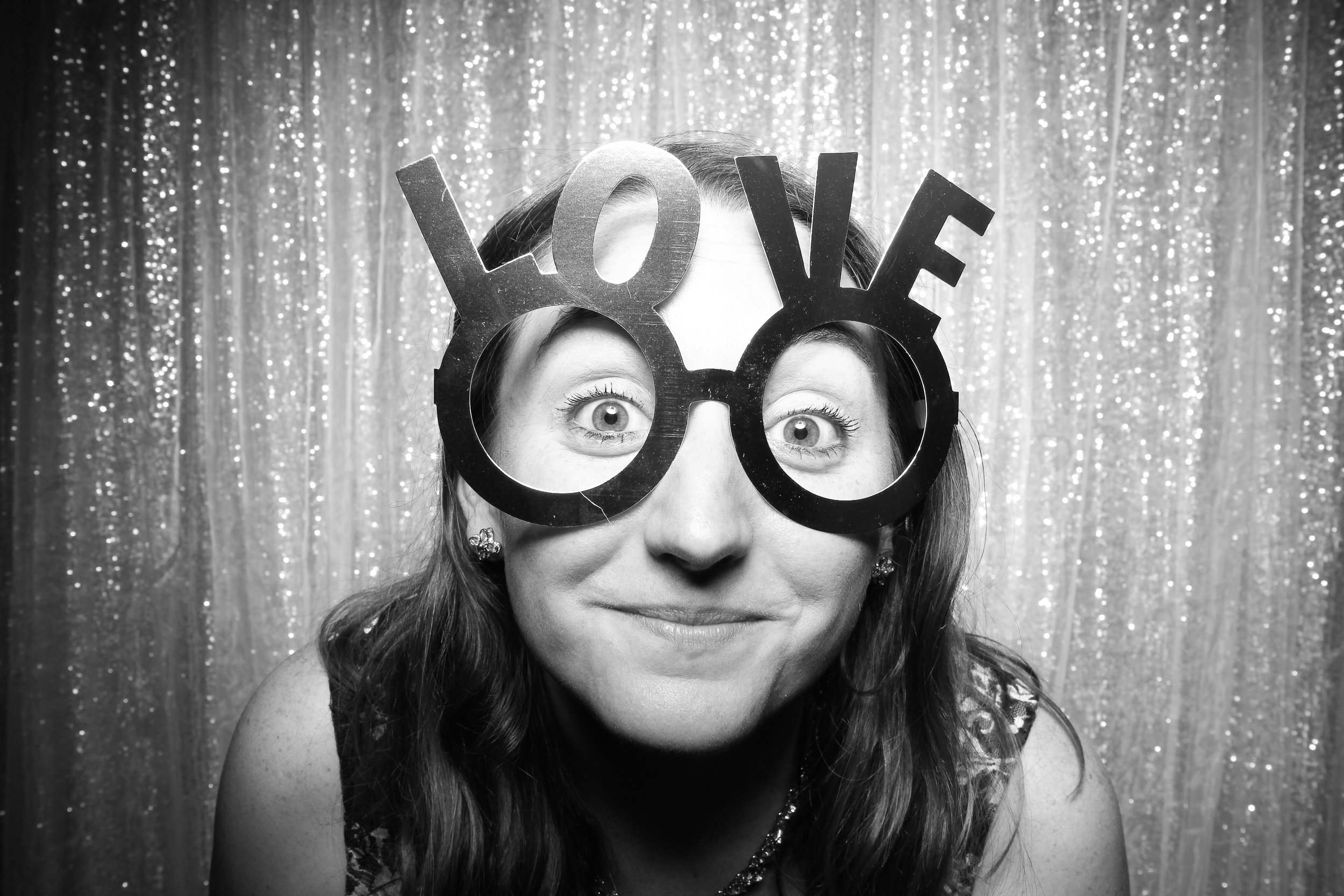 Chicago_Vintage_Wedding_Photobooth_Adler_Planetarium_07.jpg