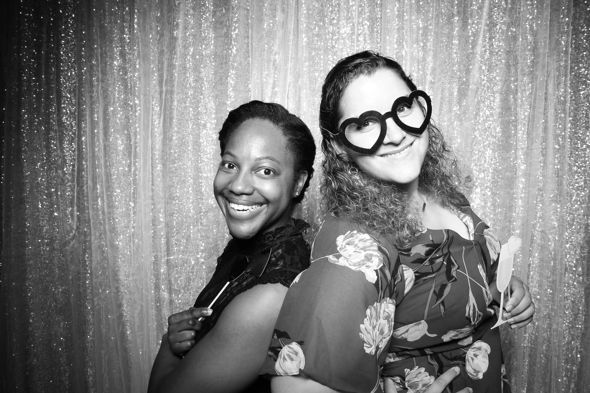 Chicago_Vintage_Wedding_Photobooth_Adler_Planetarium_12.jpg