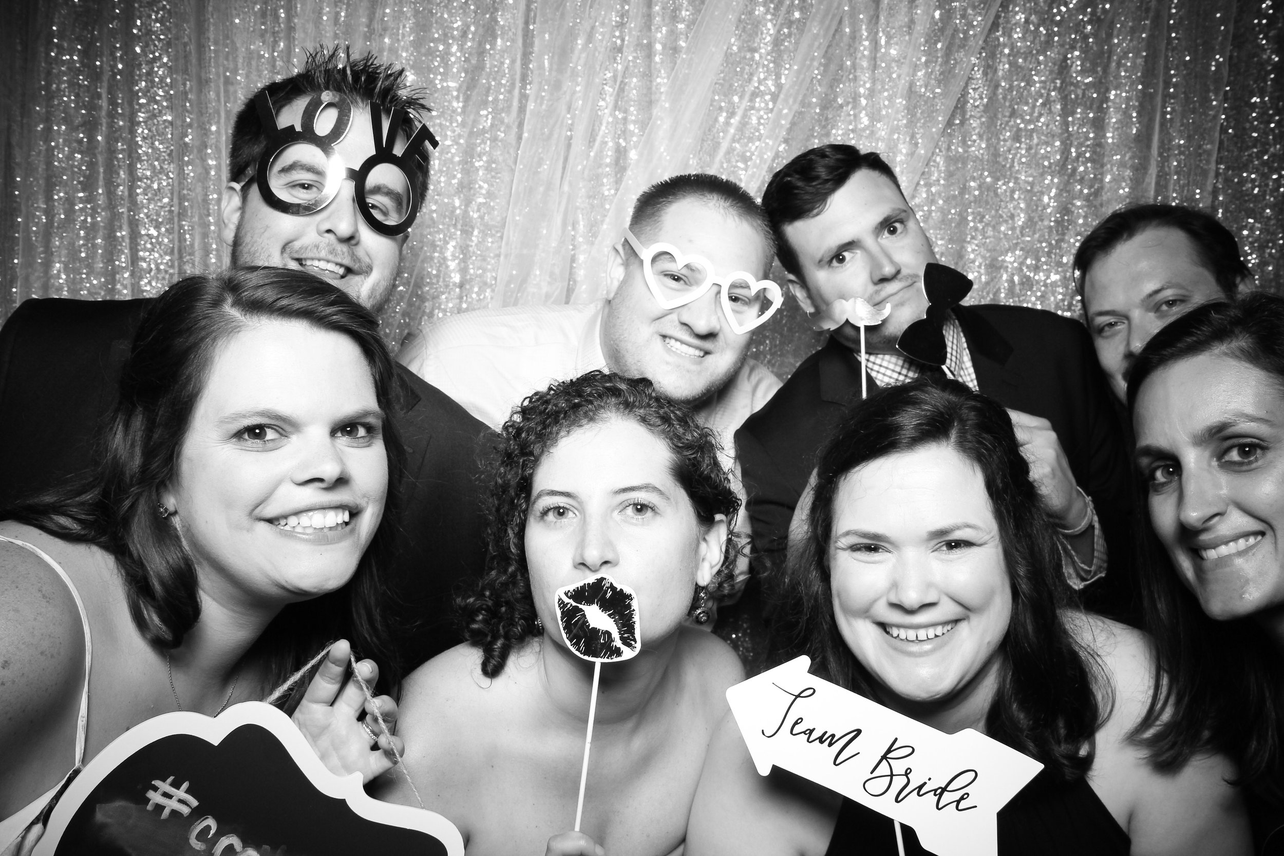 Chicago_Vintage_Wedding_Photobooth_Adler_Planetarium_14.jpg