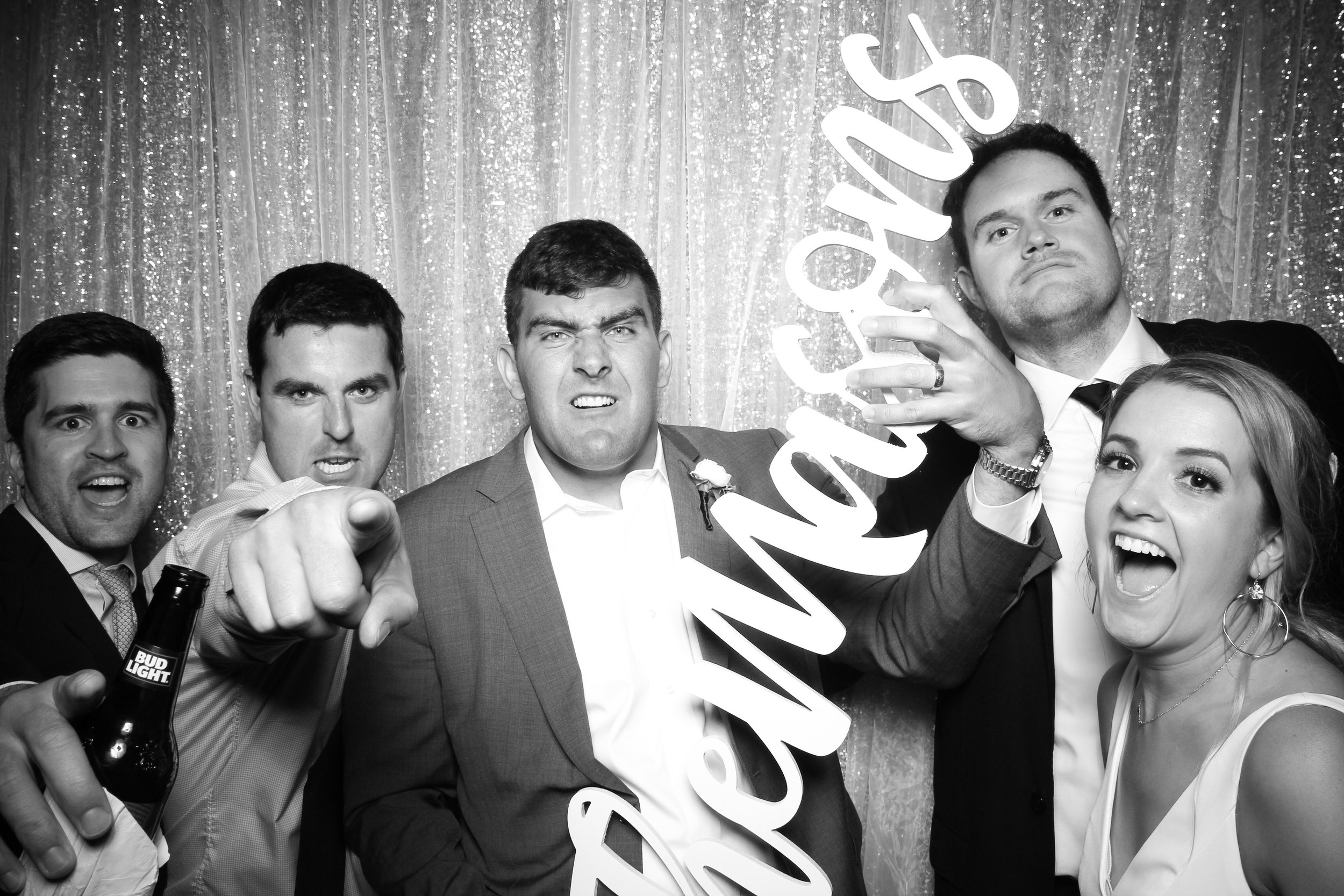 Chicago_Vintage_Wedding_Photobooth_Adler_Planetarium_22.jpg