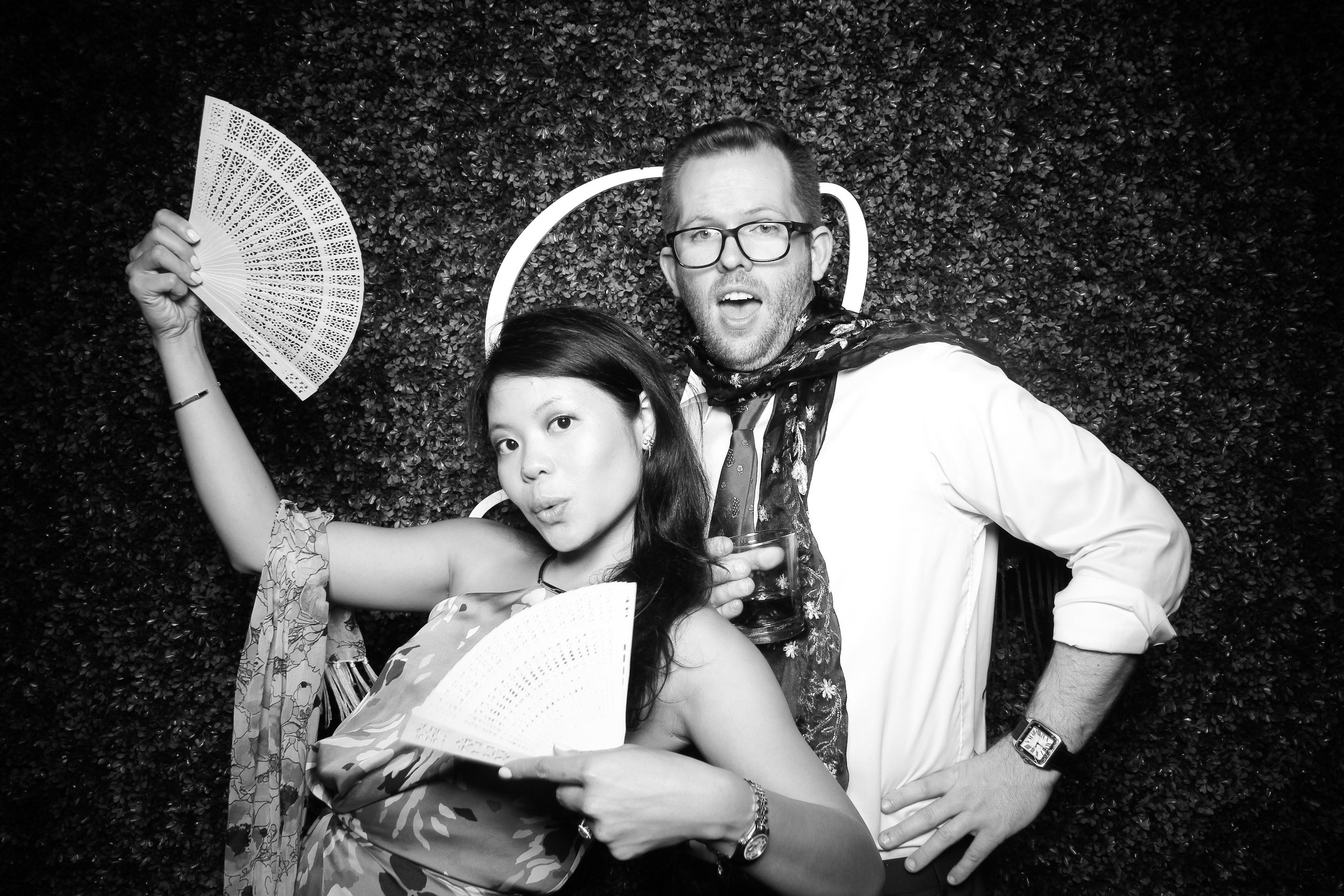 Ignite_Glass_Studio_Wedding_Photo_Booth_Boxwood_Chicago_16.jpg