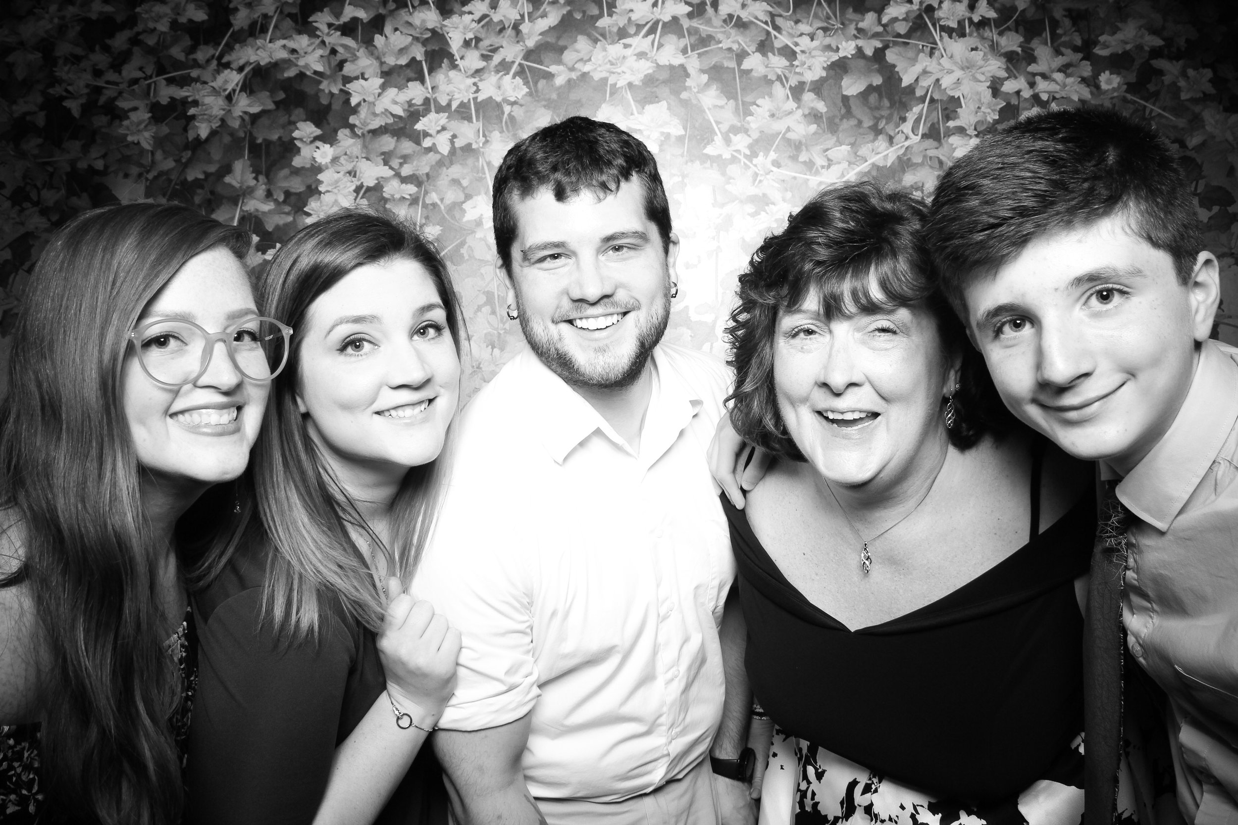 Randall_Oaks_Country_Club_Wedding_West_Dundee_Photo_Booth_03.jpg
