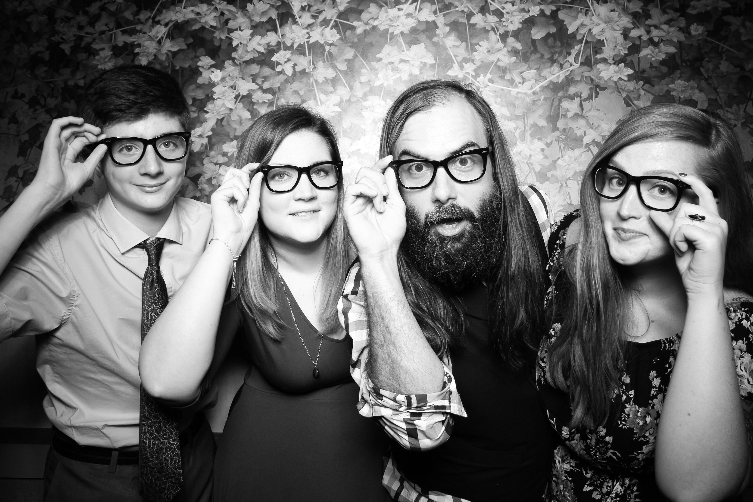 Randall_Oaks_Country_Club_Wedding_West_Dundee_Photo_Booth_26.jpg