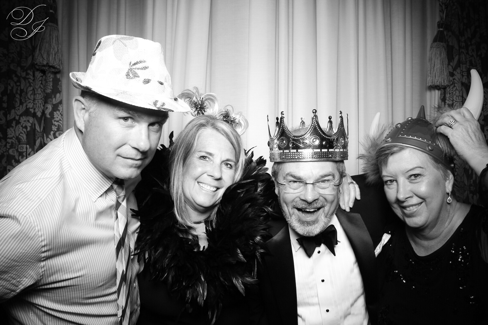 Chicago_Vintage_Wedding_Photobooth_Union_League_Club_08.jpg