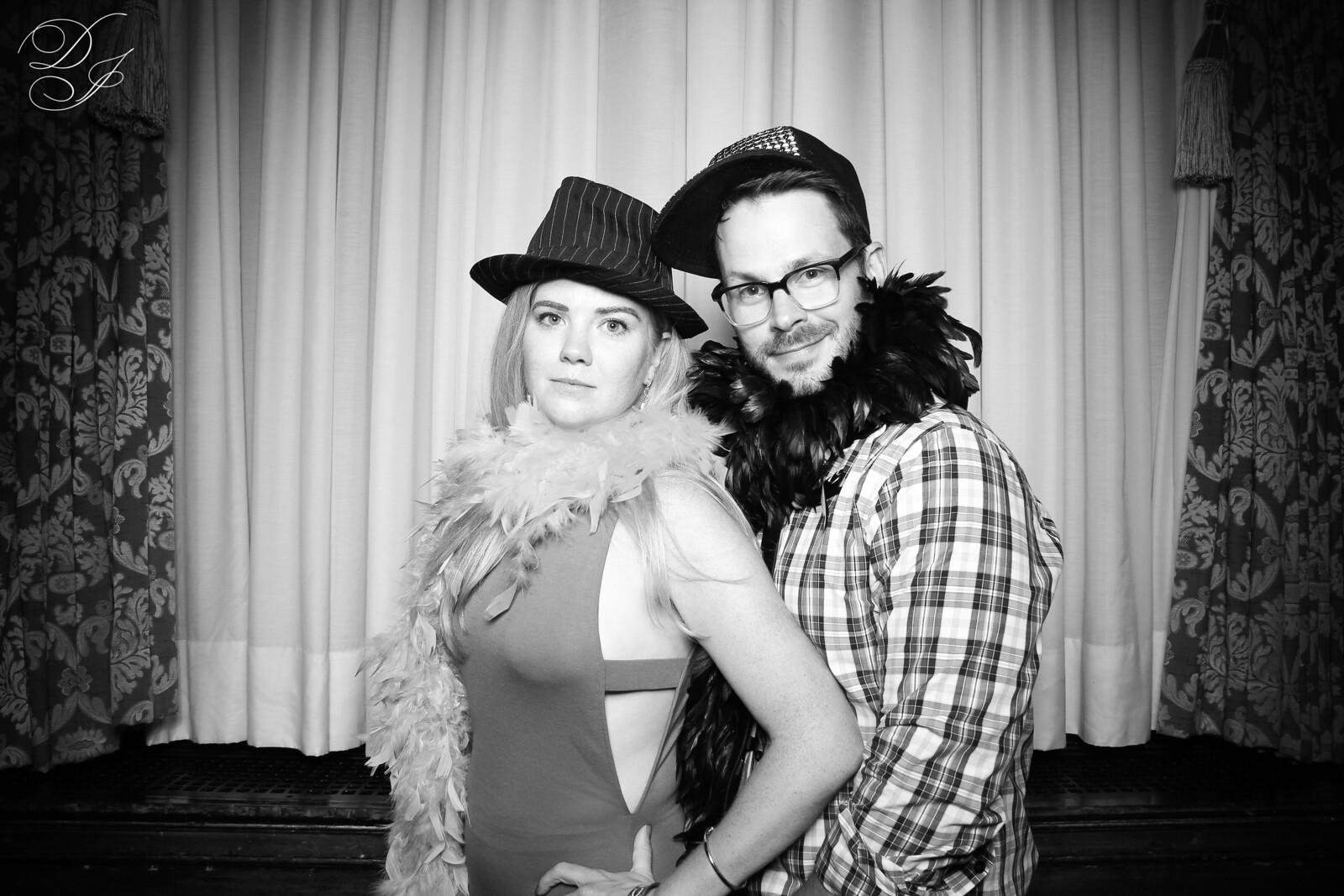 Chicago_Vintage_Wedding_Photobooth_Union_League_Club_27.jpg