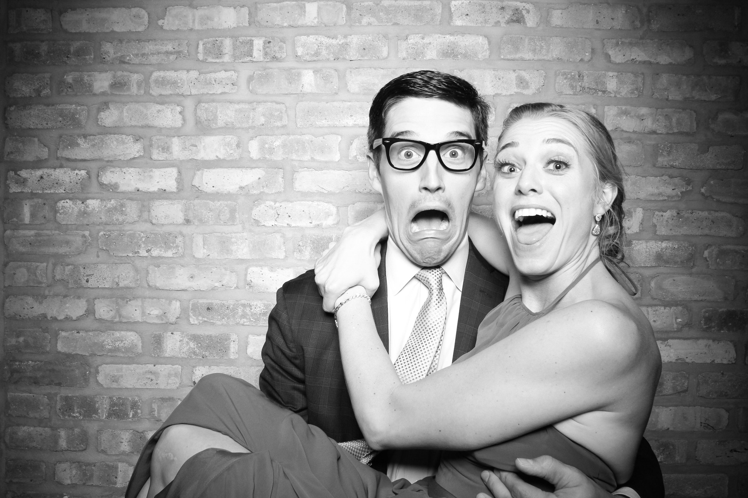 Chicago_Vintage_Wedding_Photobooth_Rockwell_on_the_River_01.jpg