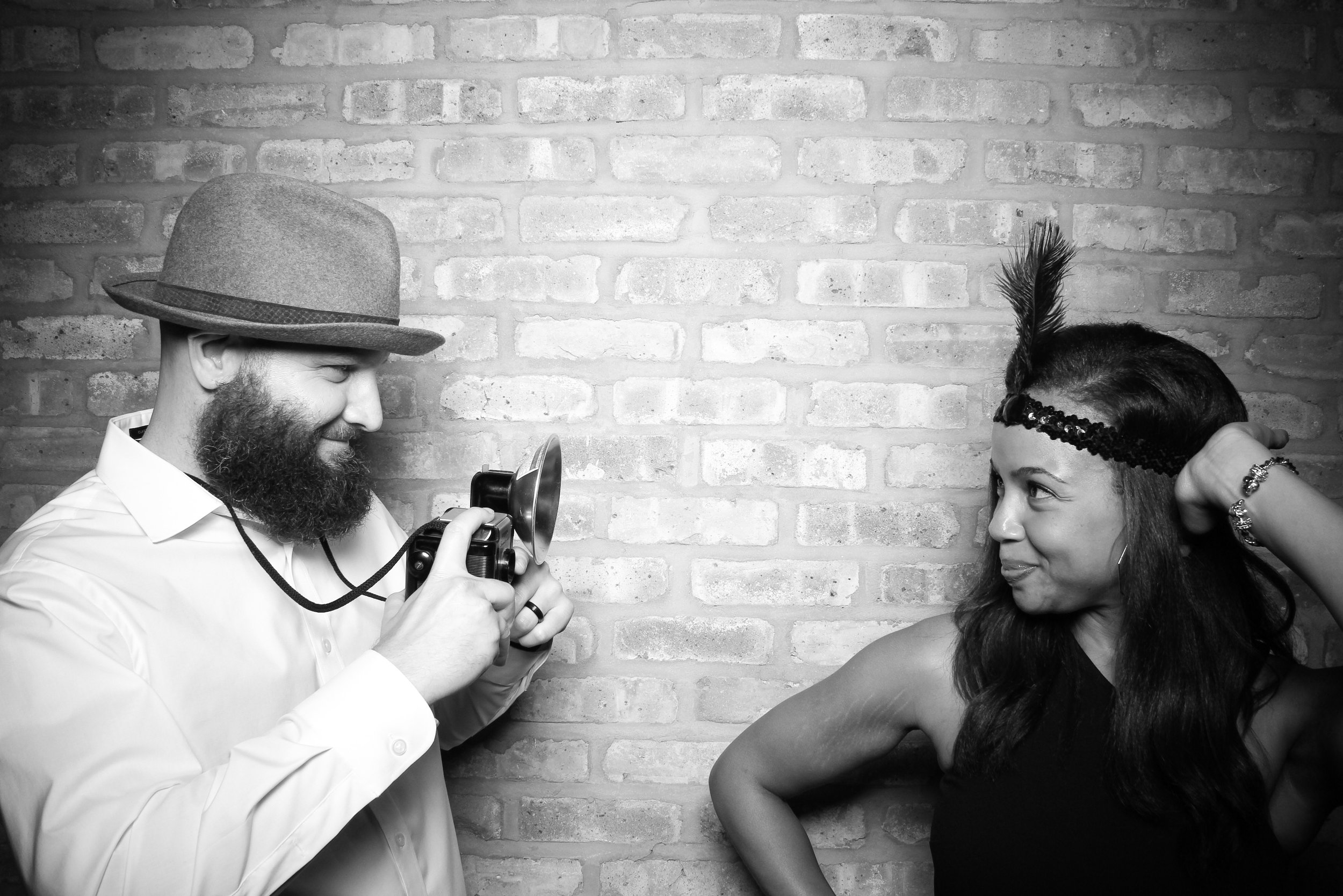Chicago_Vintage_Wedding_Photobooth_Rockwell_on_the_River_10.jpg