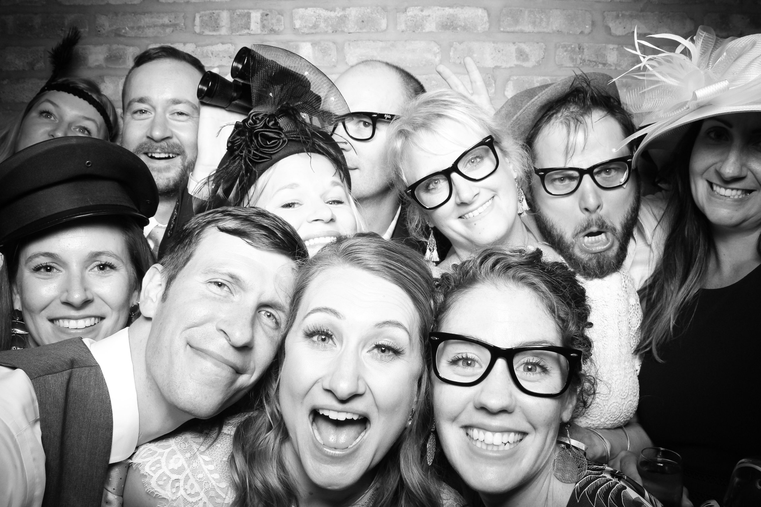 Chicago_Vintage_Wedding_Photobooth_Rockwell_on_the_River_21.jpg