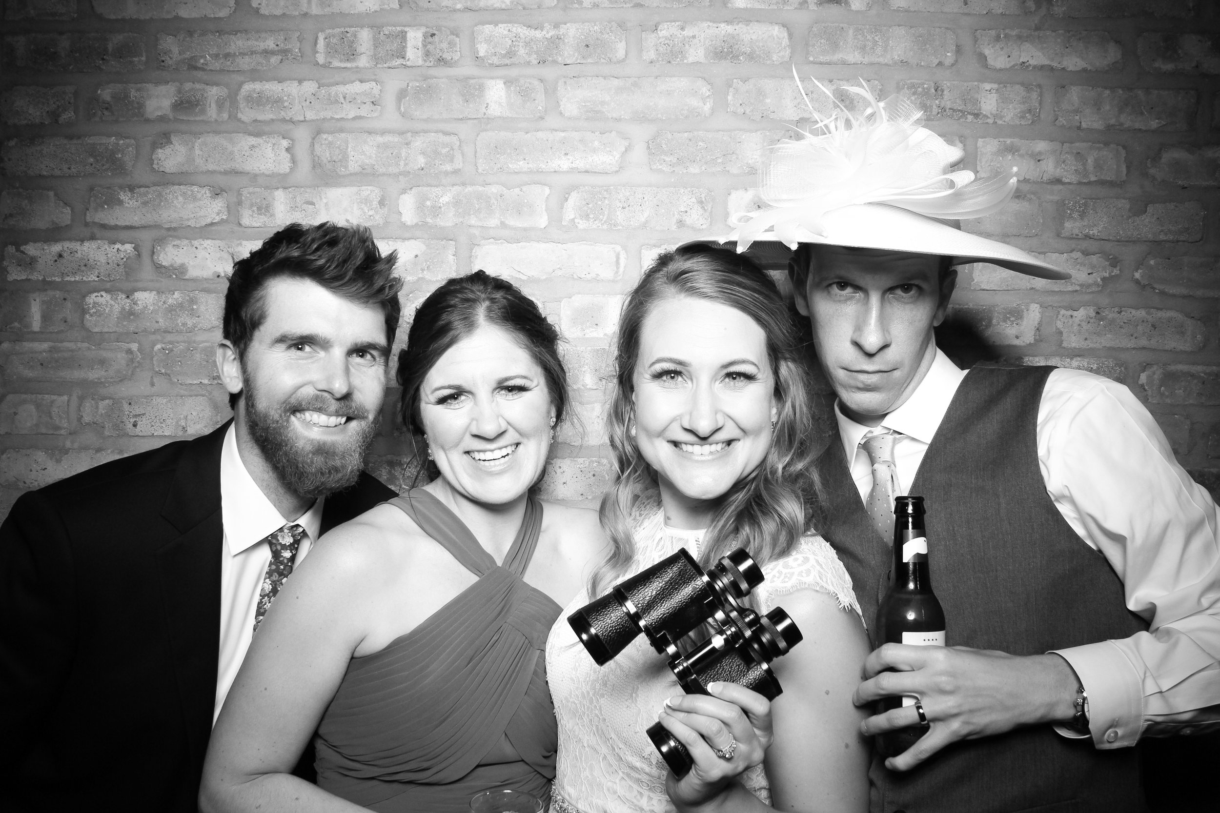 Chicago_Vintage_Wedding_Photobooth_Rockwell_on_the_River_25.jpg