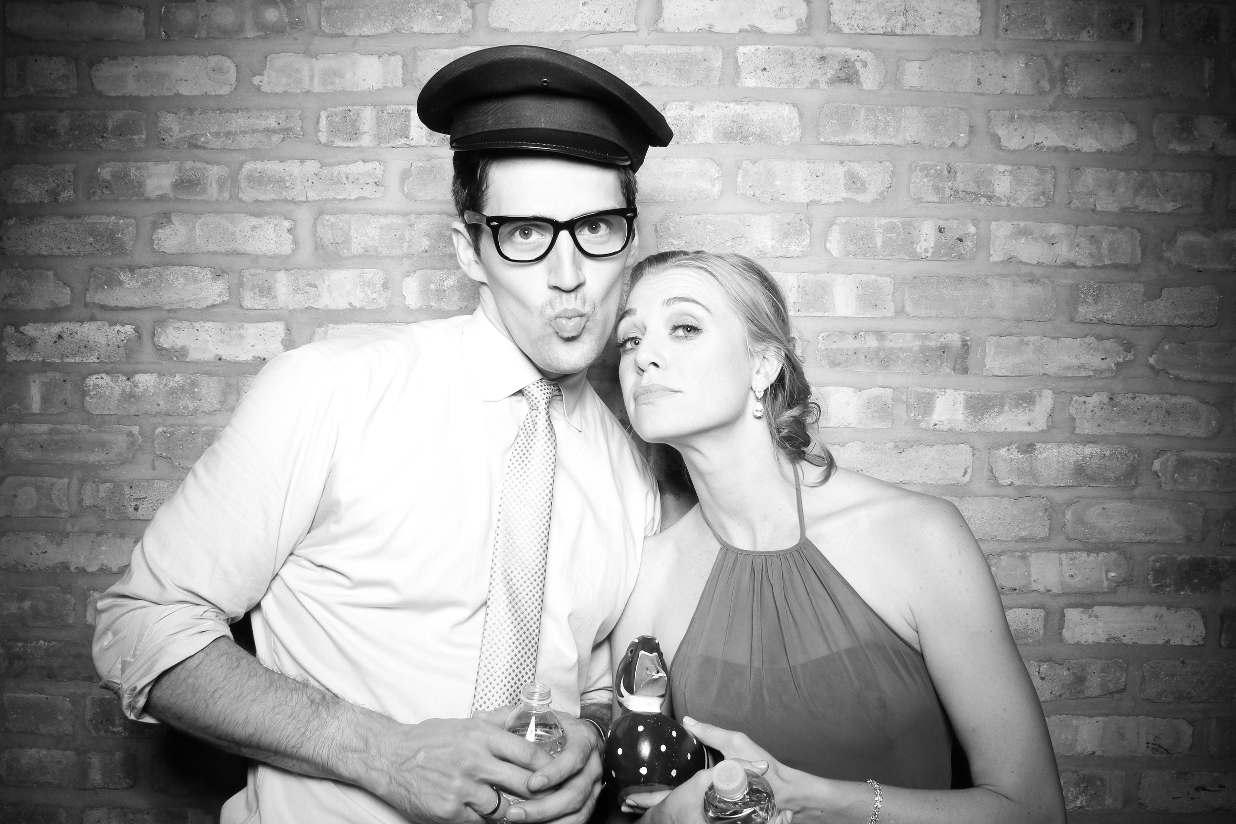 Chicago_Vintage_Wedding_Photobooth_Rockwell_on_the_River_26.jpg