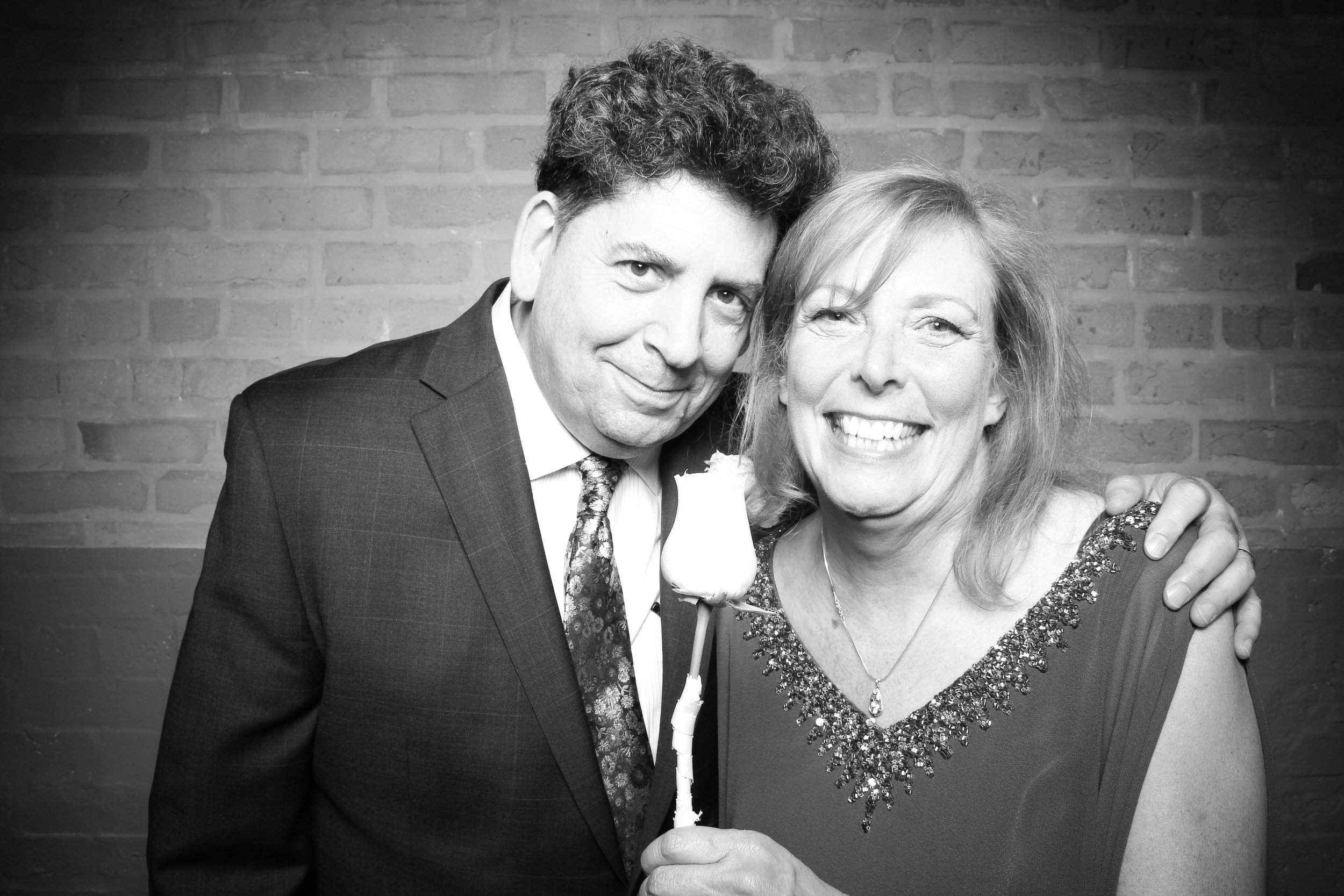 Chicago_Vintage_Wedding_Photobooth_Fairlie_05.jpg