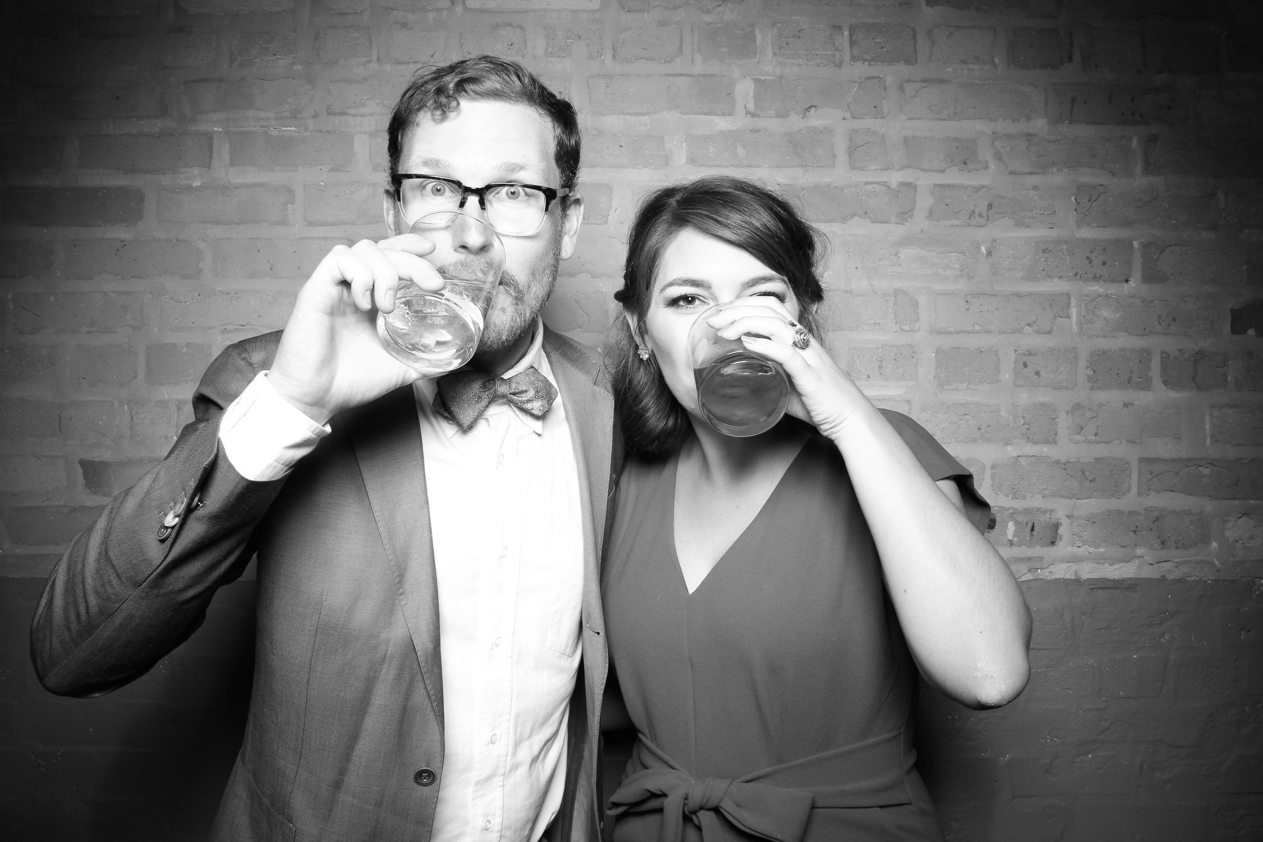 Chicago_Vintage_Wedding_Photobooth_Fairlie_18.jpg