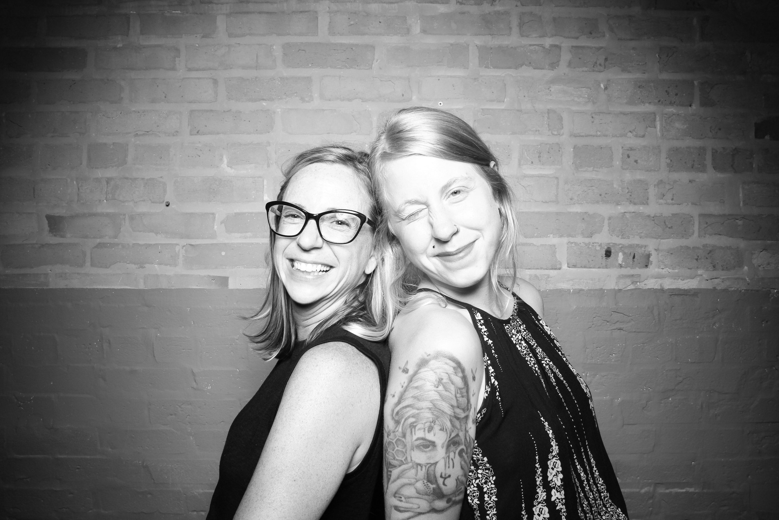 Chicago_Vintage_Wedding_Photobooth_Fairlie_30.jpg