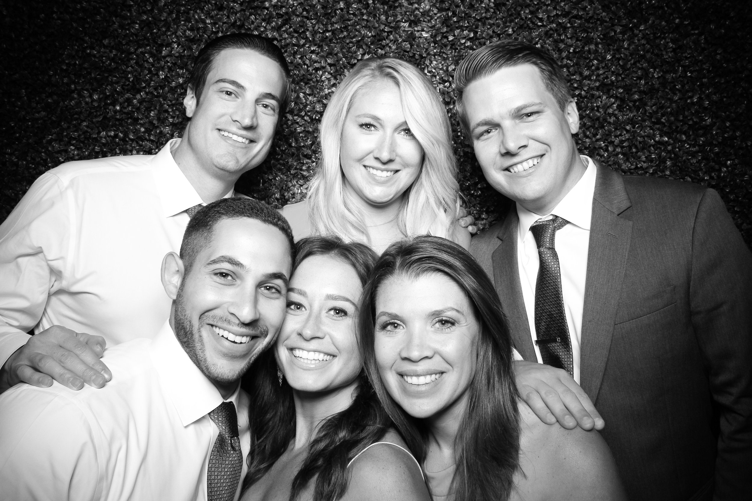 Ivy_Room_Chicago_Photo_Booth_Wedding_01.jpg