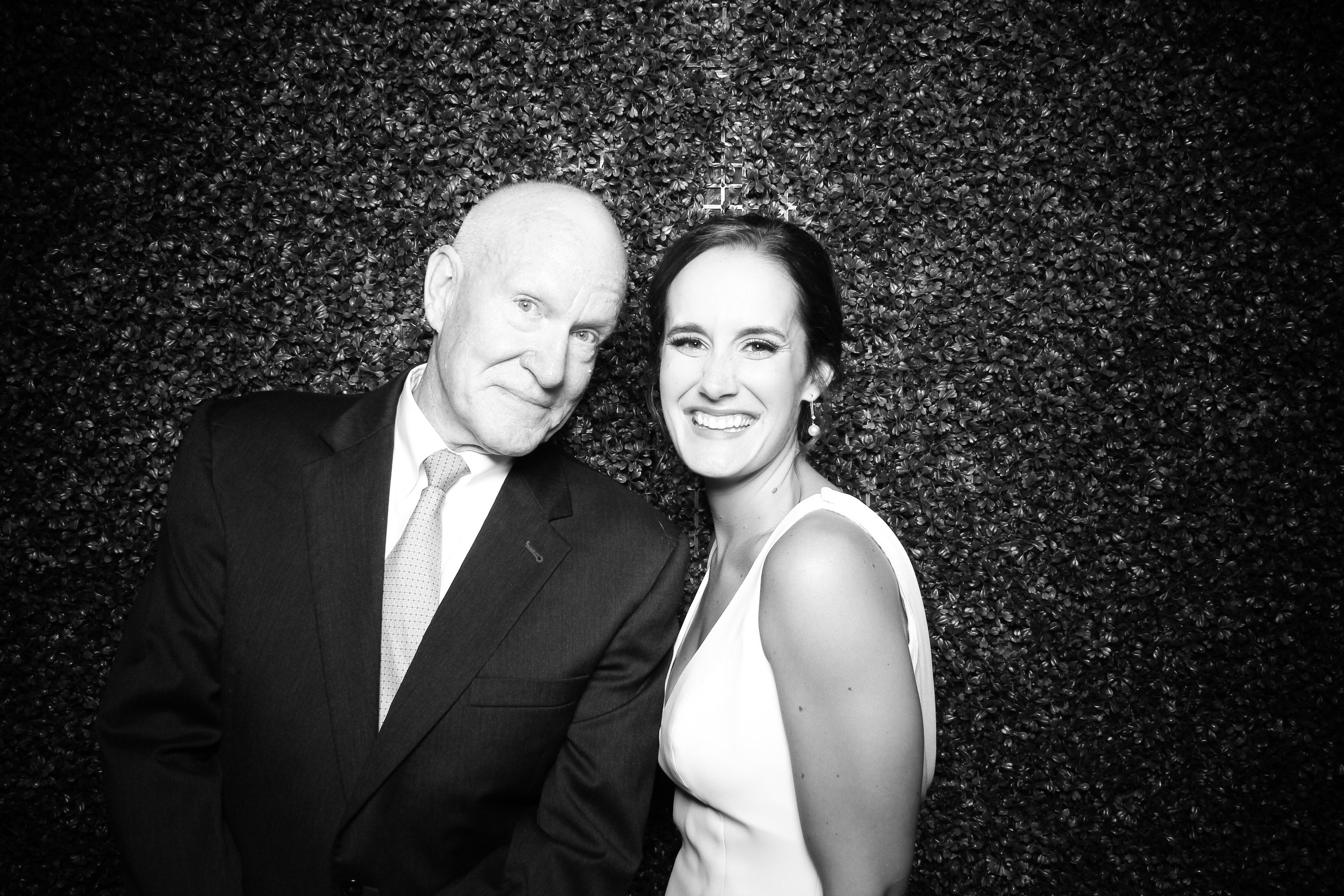 Ivy_Room_Chicago_Photo_Booth_Wedding_14.jpg