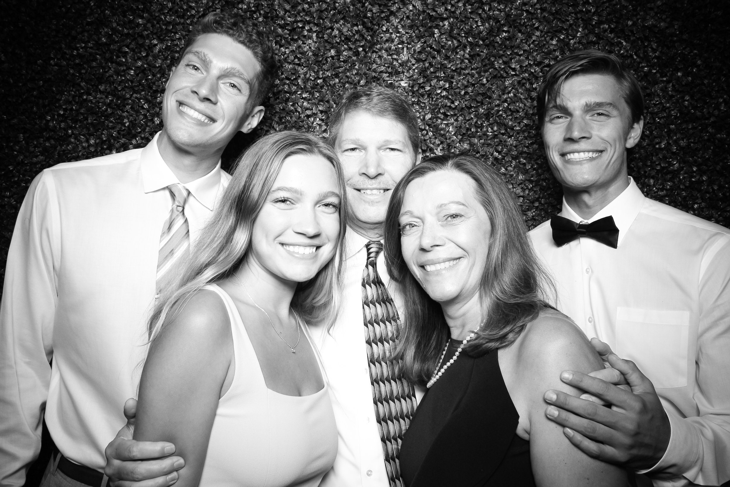 Ivy_Room_Chicago_Photo_Booth_Wedding_16.jpg