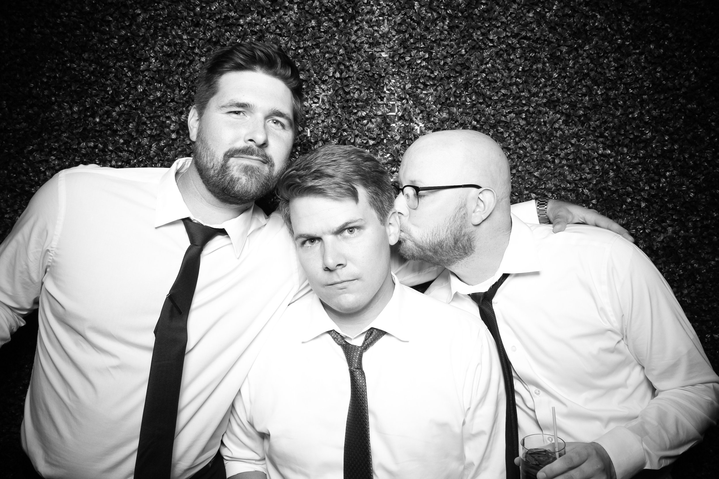 Ivy_Room_Chicago_Photo_Booth_Wedding_17.jpg