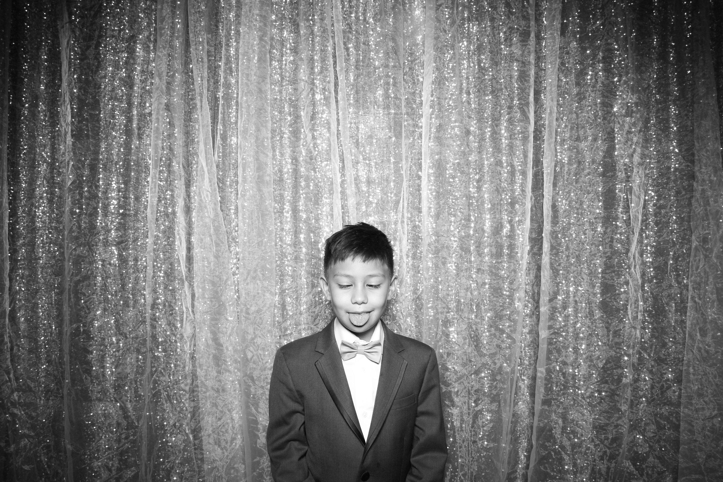 Chicago_Vintage_Wedding_Photobooth_Galleria_Marchetti_06.jpg