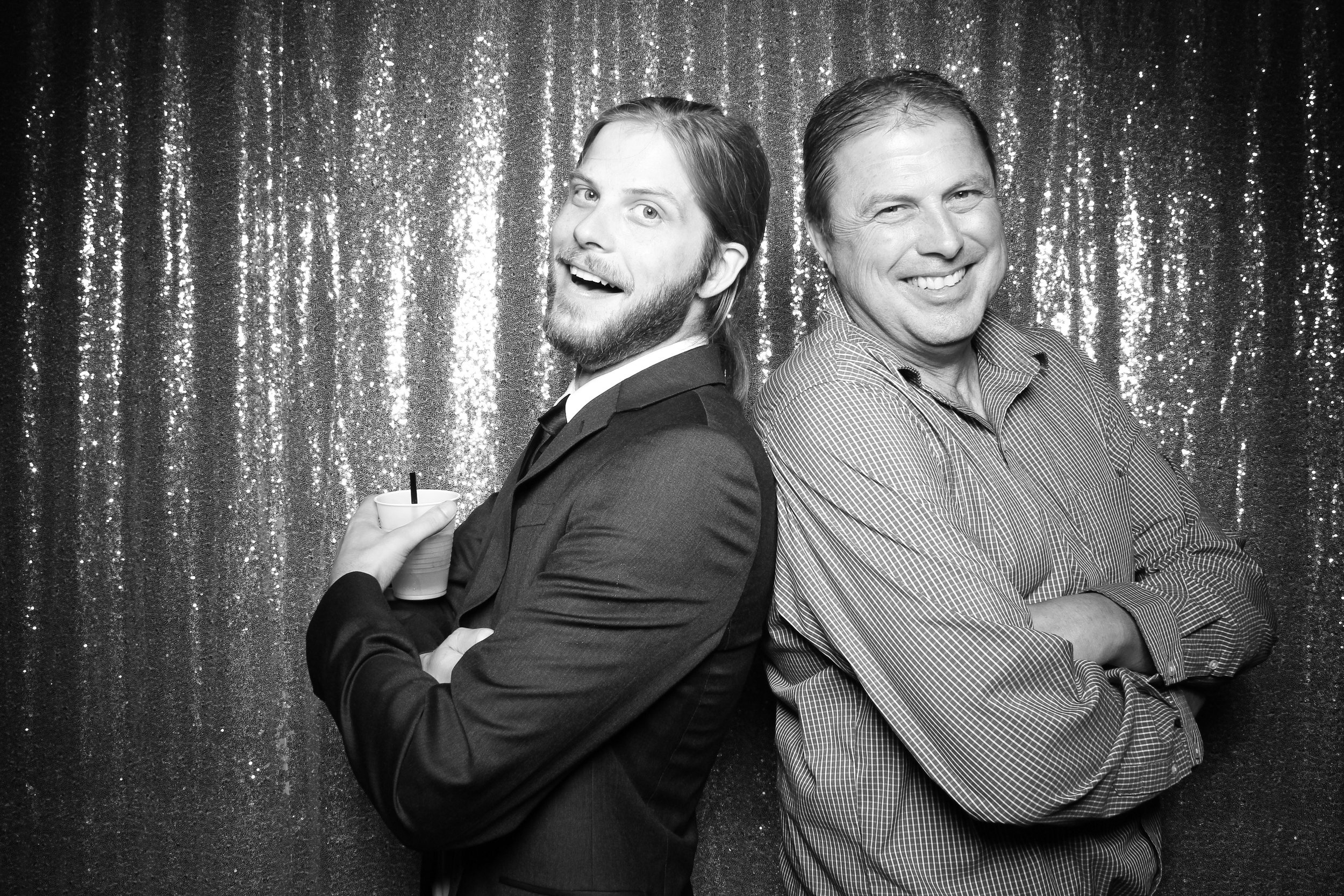 Chicago_Vintage_Wedding_Photobooth_Wisconsin_04.jpg