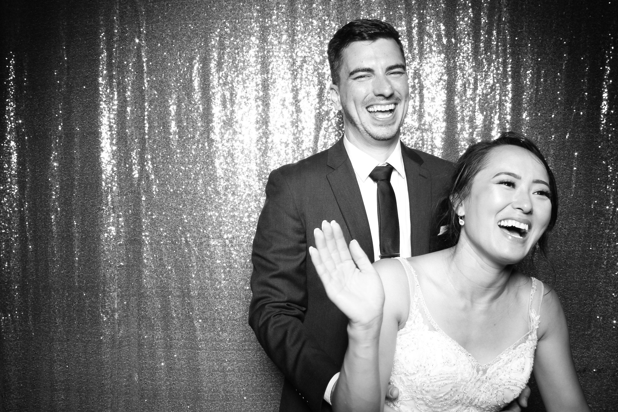 Chicago_Vintage_Wedding_Photobooth_Wisconsin_21.jpg