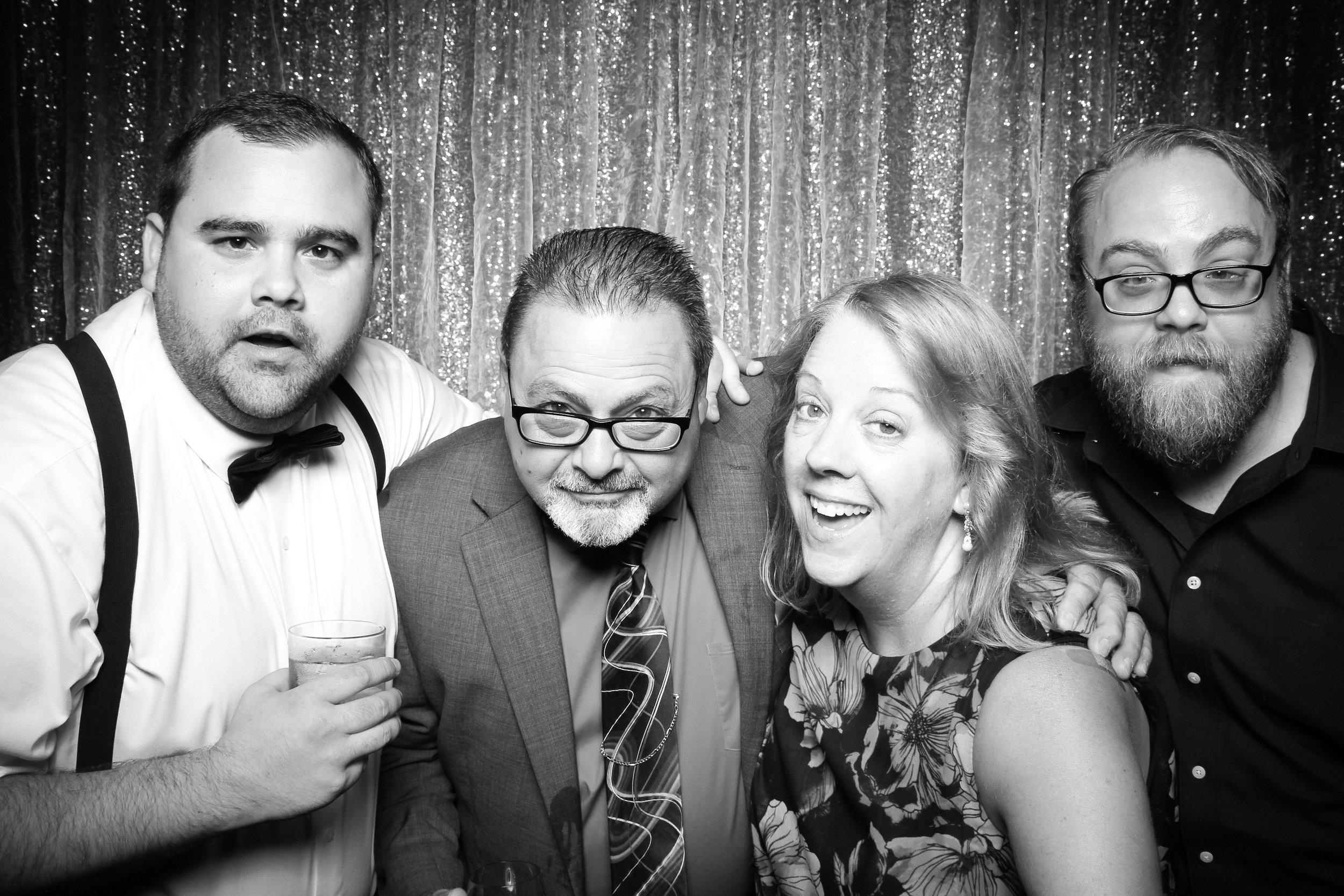 Cafe_Brauer_Chicago_Wedding_Loggia_Photo_Booth_15.jpg