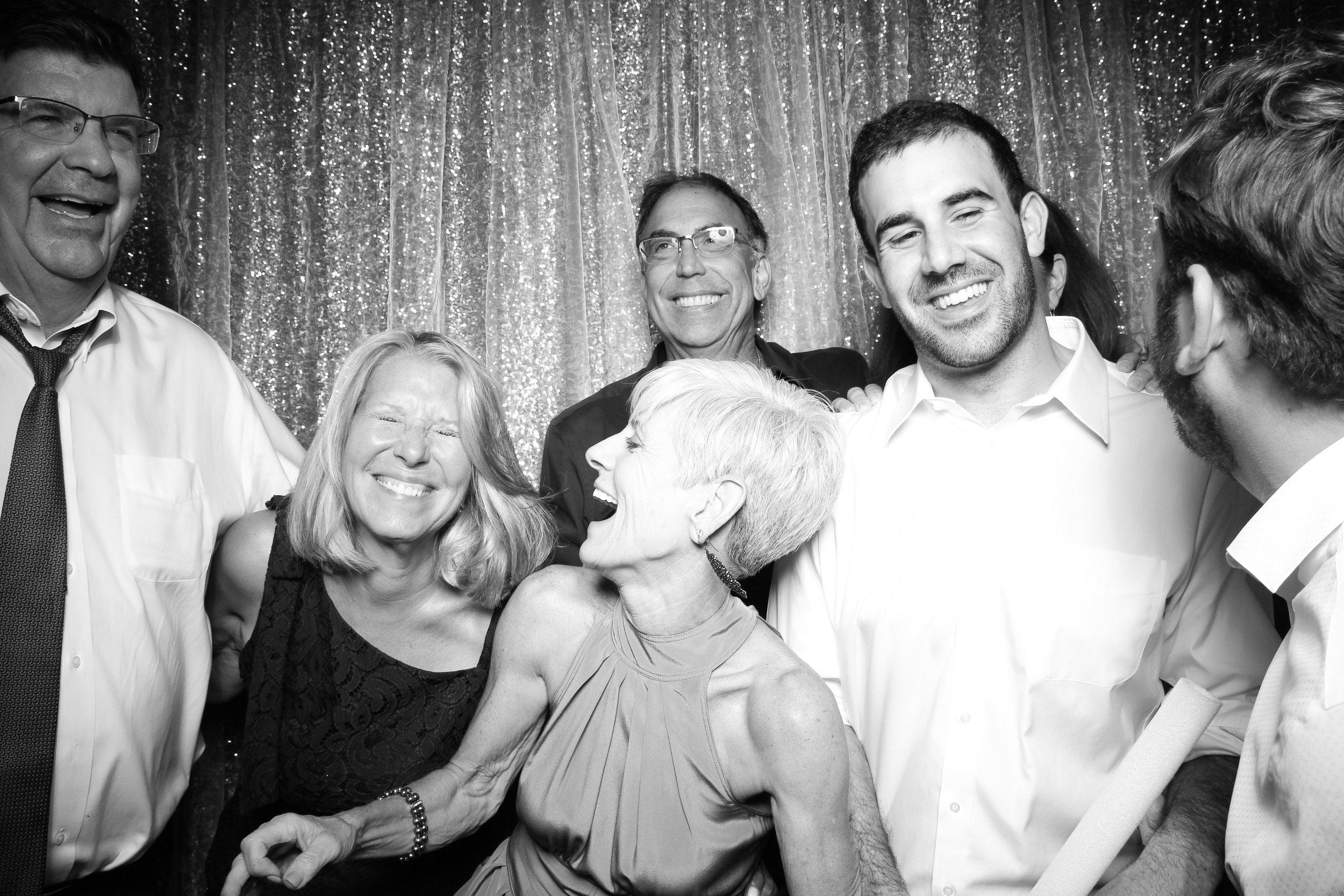 Cafe_Brauer_Chicago_Wedding_Loggia_Photo_Booth_24.jpg
