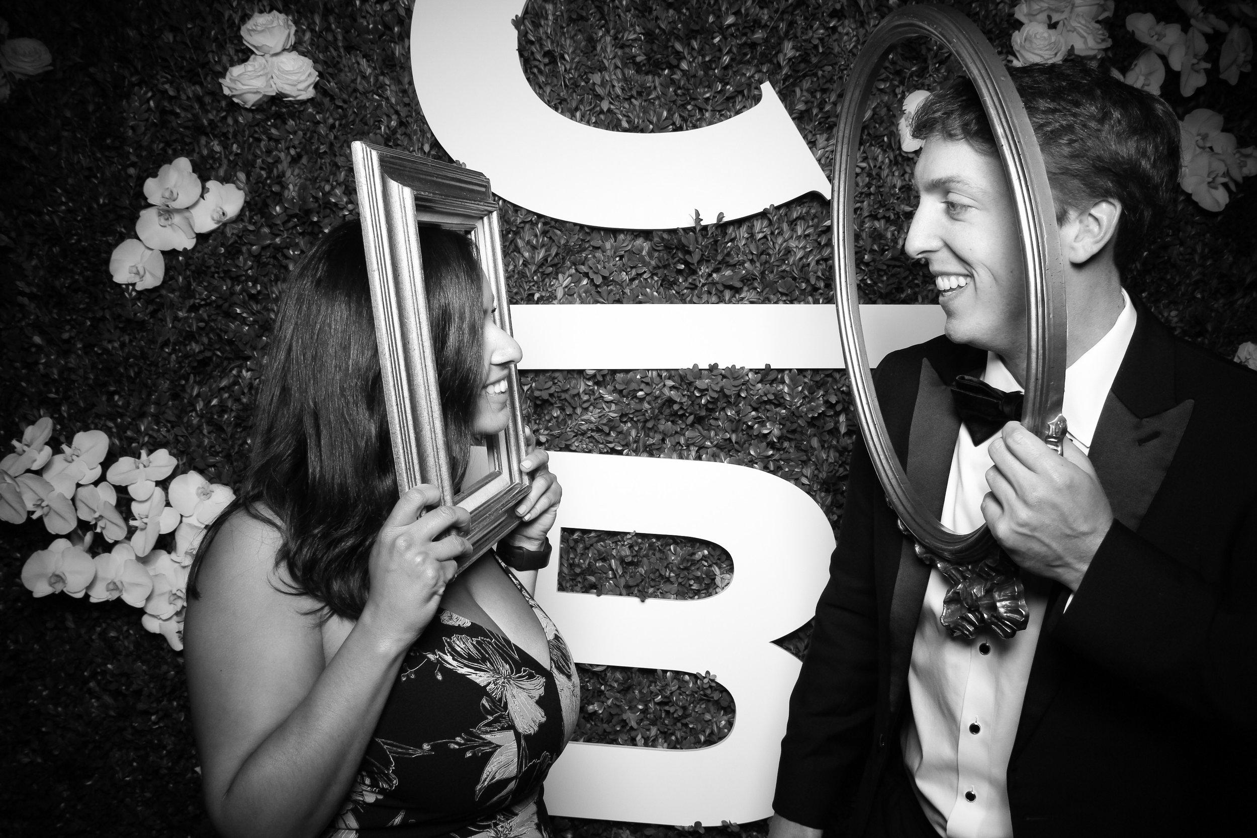 Peninsula_Hotel_Chicago_Wedding_Photo_Booth_07.jpg