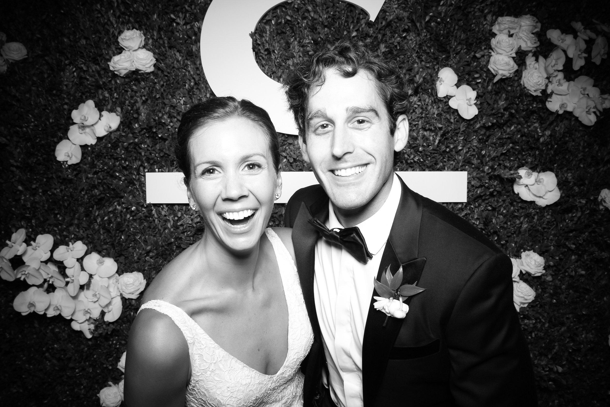 Peninsula_Hotel_Chicago_Wedding_Photo_Booth_14.jpg