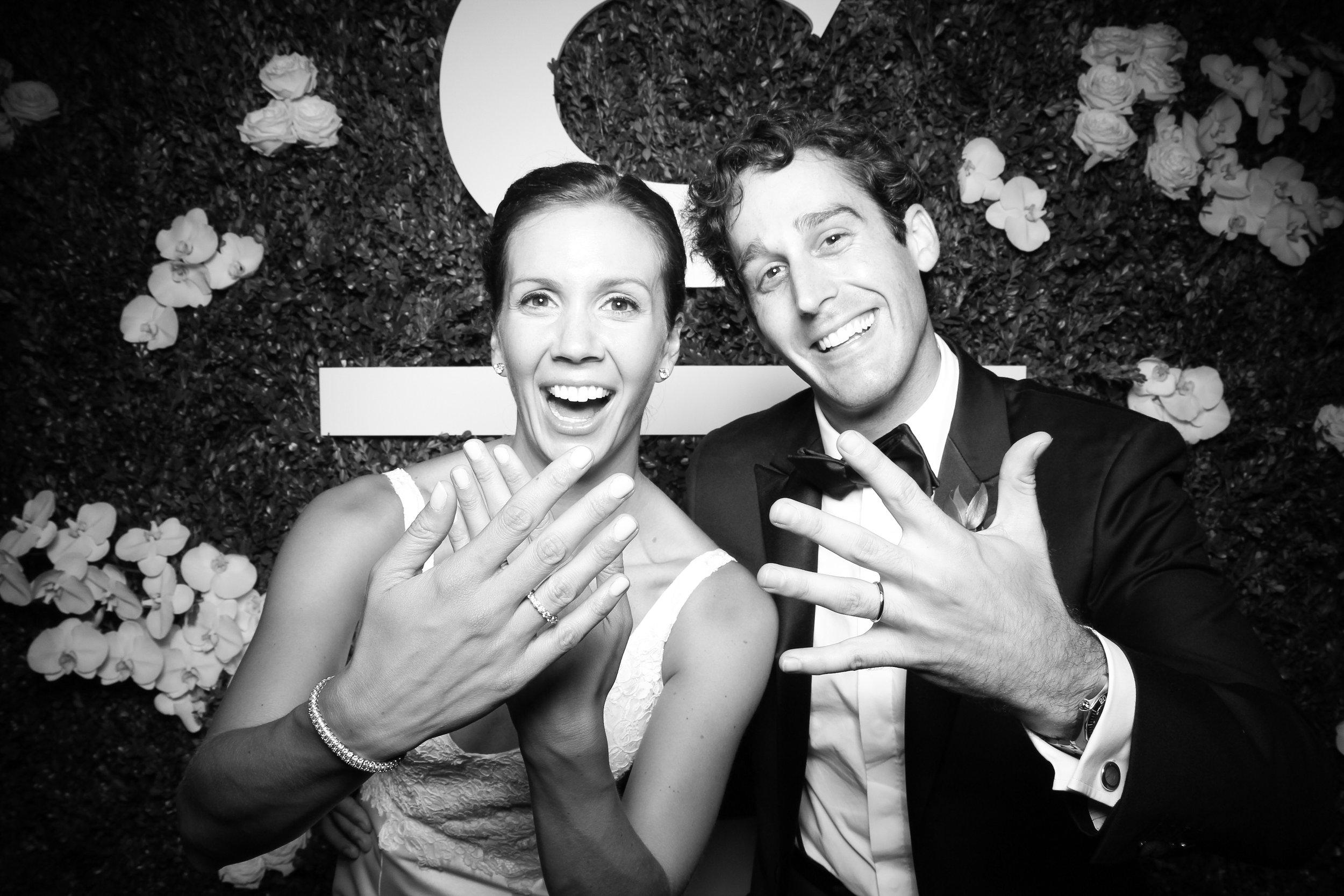 Peninsula_Hotel_Chicago_Wedding_Photo_Booth_16.jpg