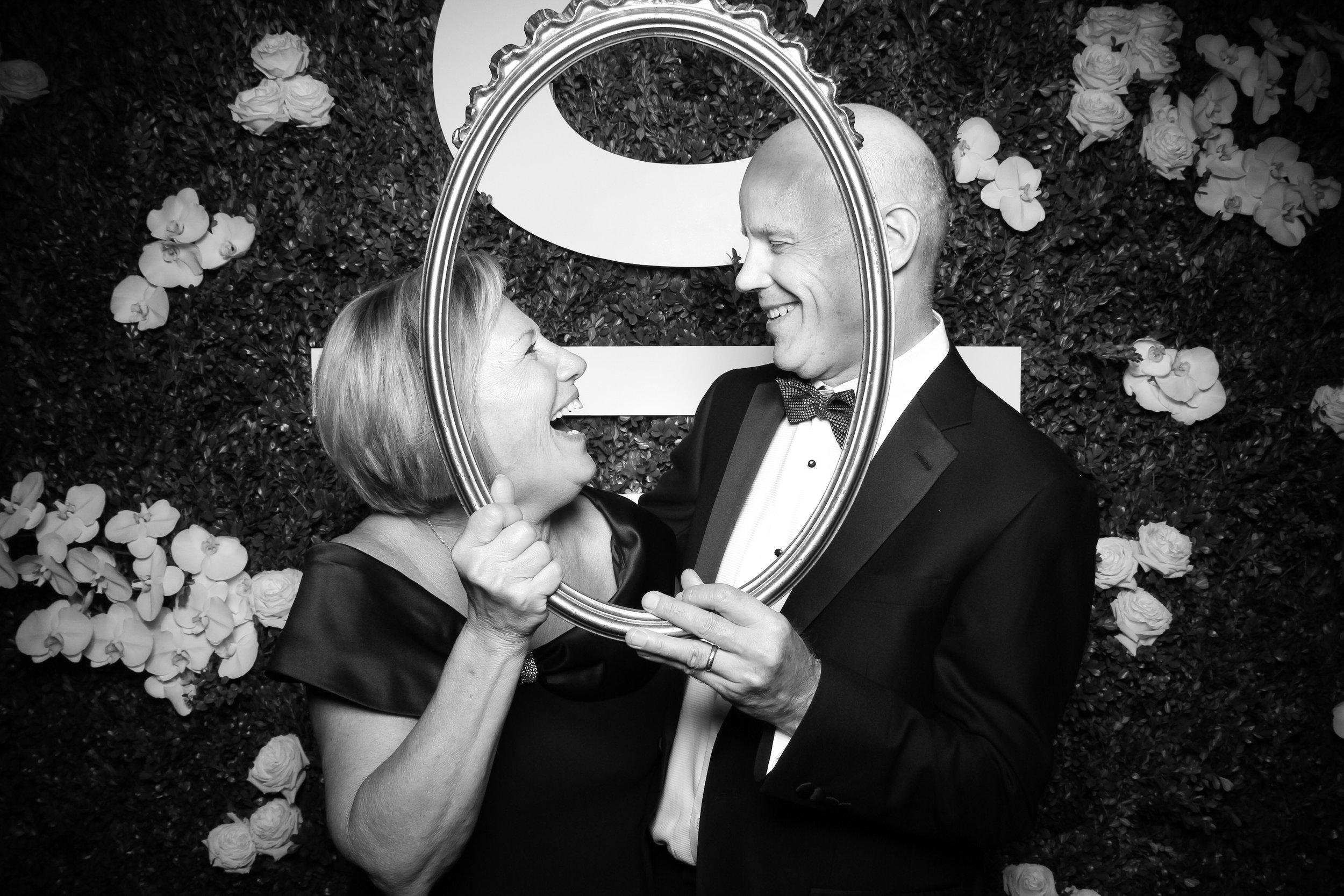 Peninsula_Hotel_Chicago_Wedding_Photo_Booth_19.jpg