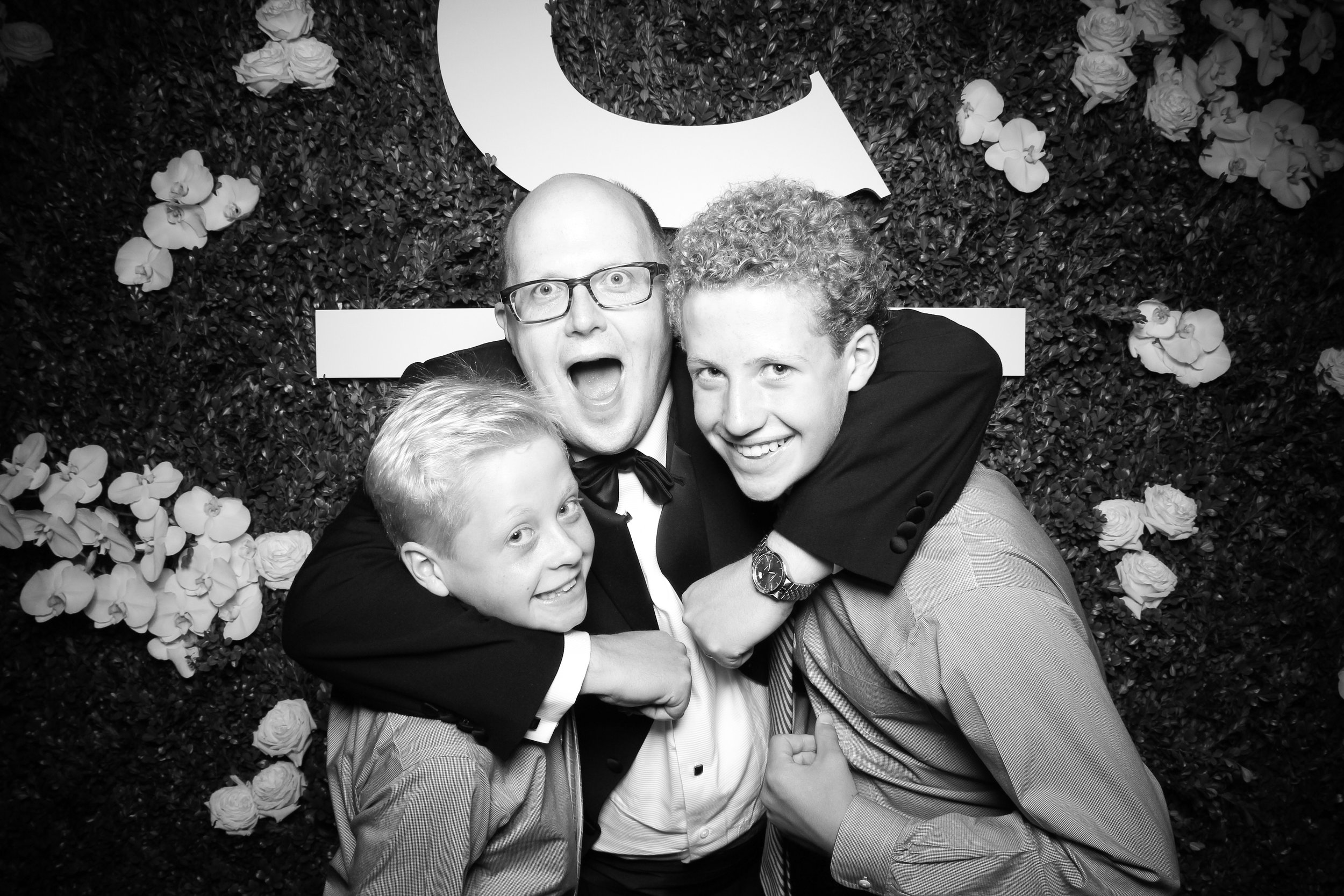Peninsula_Hotel_Chicago_Wedding_Photo_Booth_22.jpg